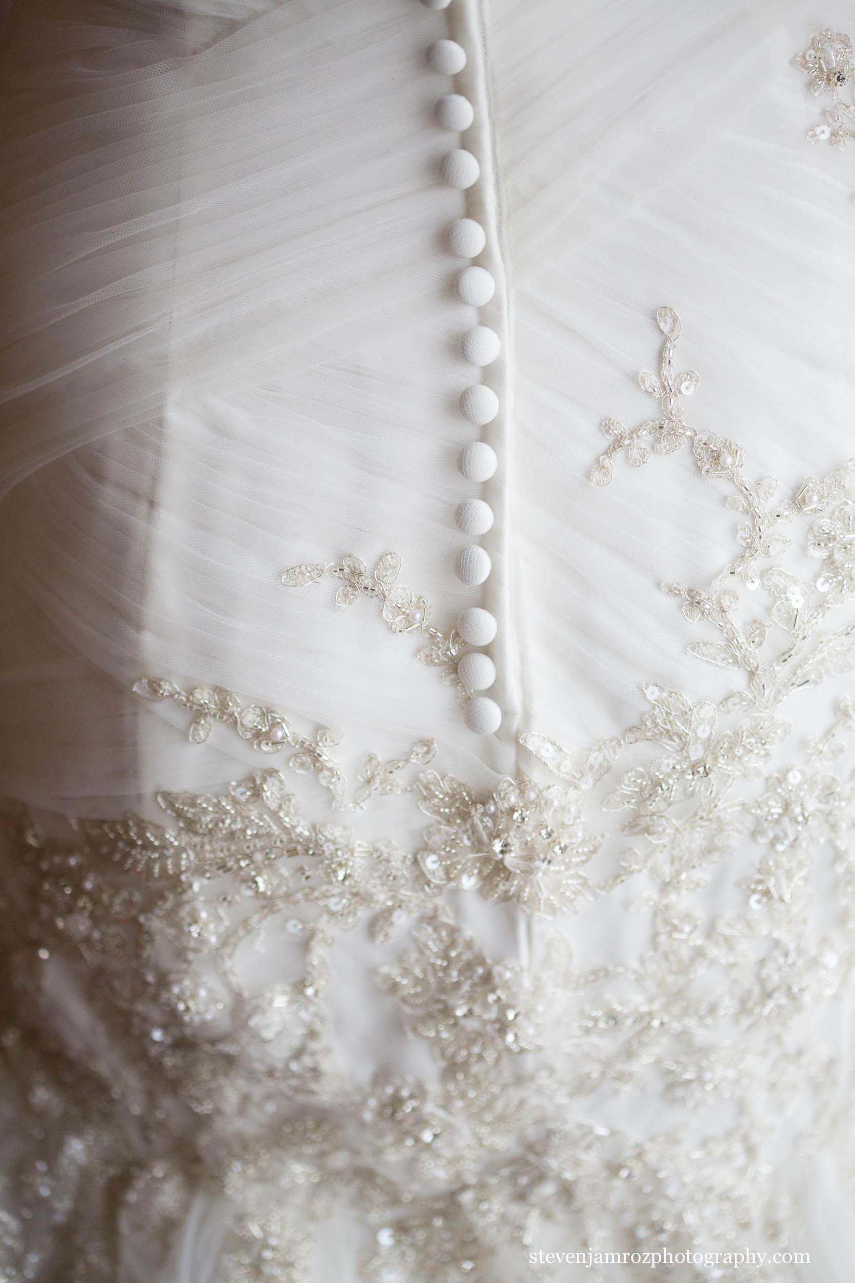 detail-photo-wedding-dress-raleigh-nc-steven-jamroz-photography-0145.jpg