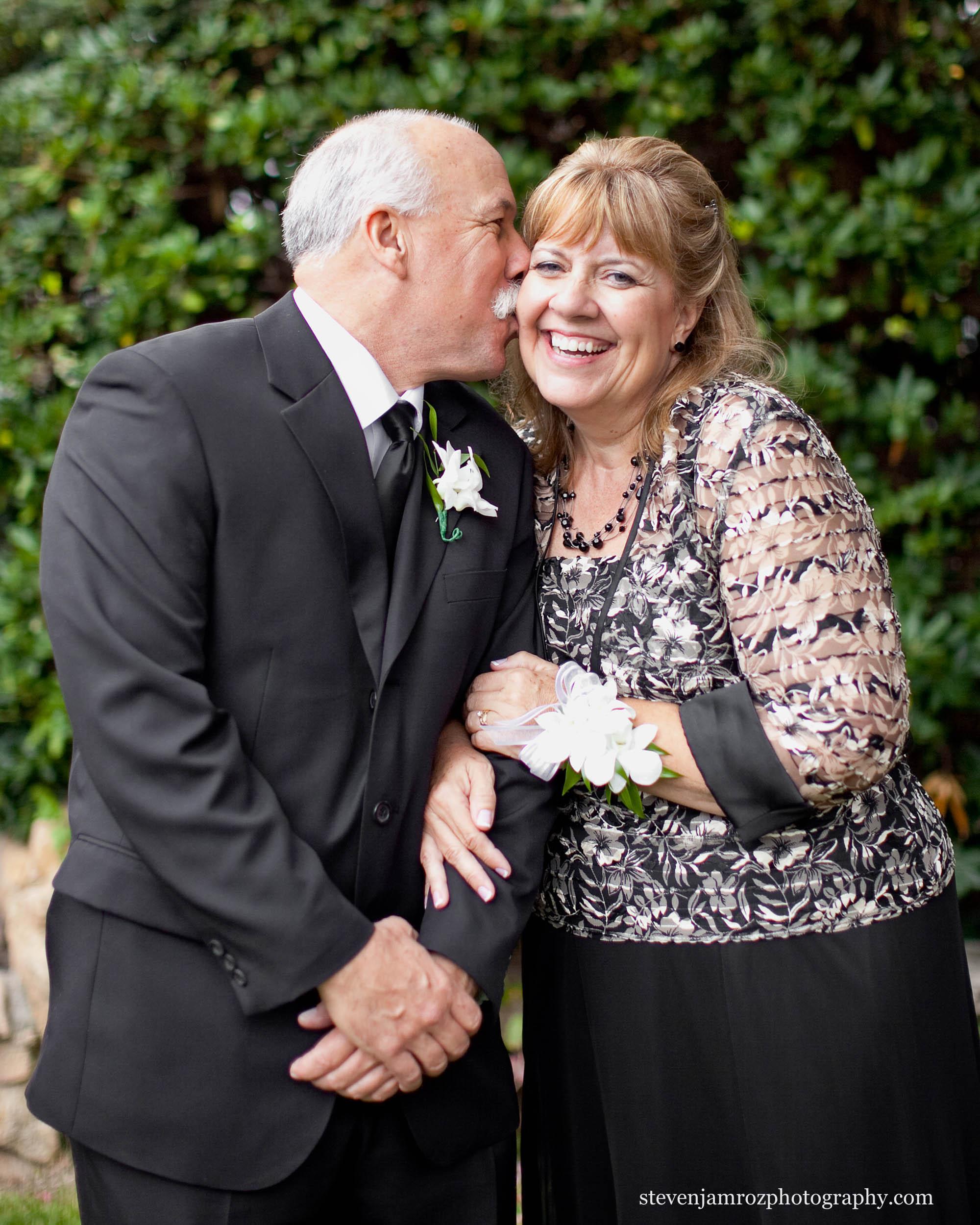 father-mother-of-bride-wedding-photographer-raleigh-steven-jamroz-0633.jpg
