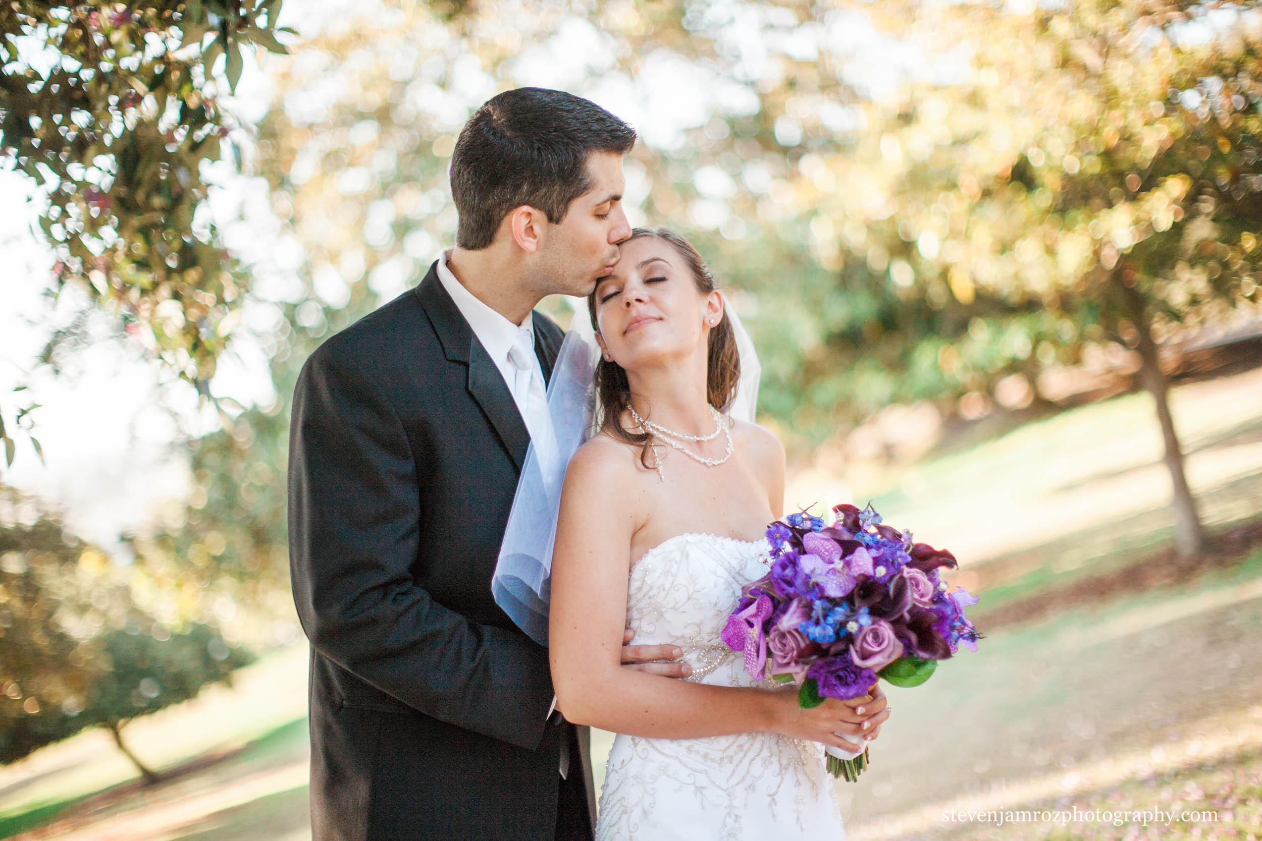forhead-kiss-bride-raleigh-nc-steven-jamroz-photography-0191.jpg