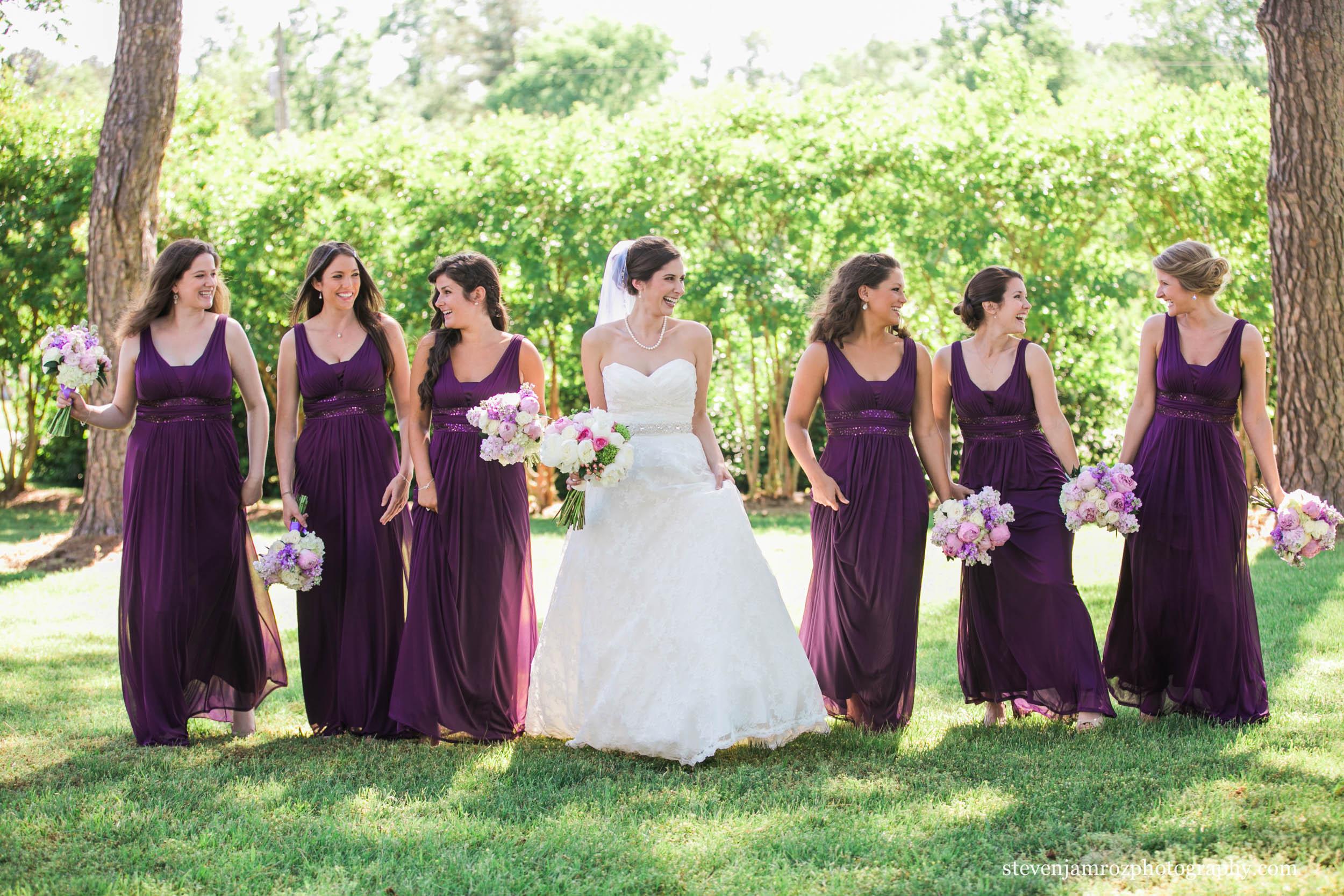 front-lawn-hudson-manor-bridesmaids-steven-jamroz-photography-0329.jpg