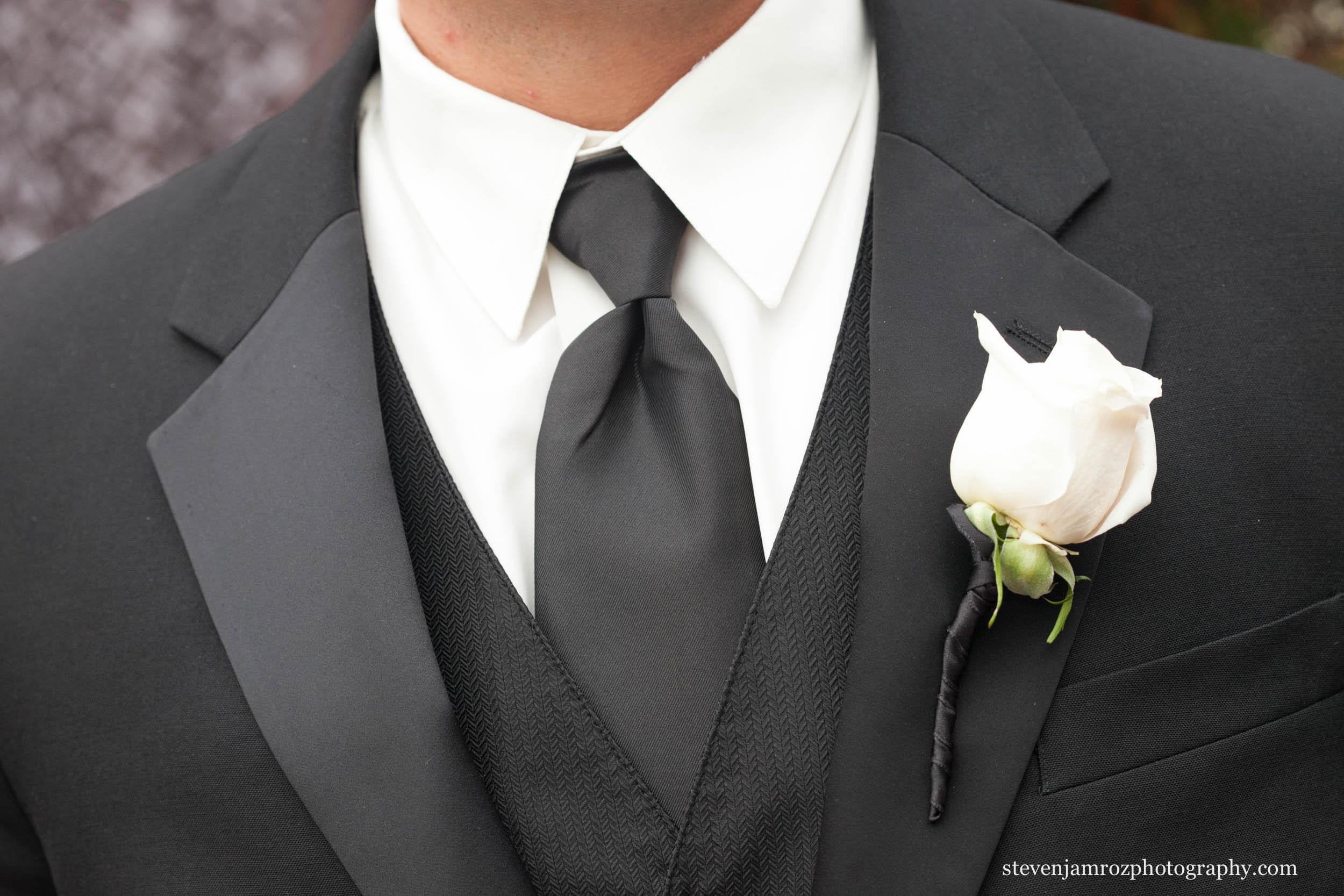 black-white-tux-raleigh-steven-jamroz-photography-0479.jpg