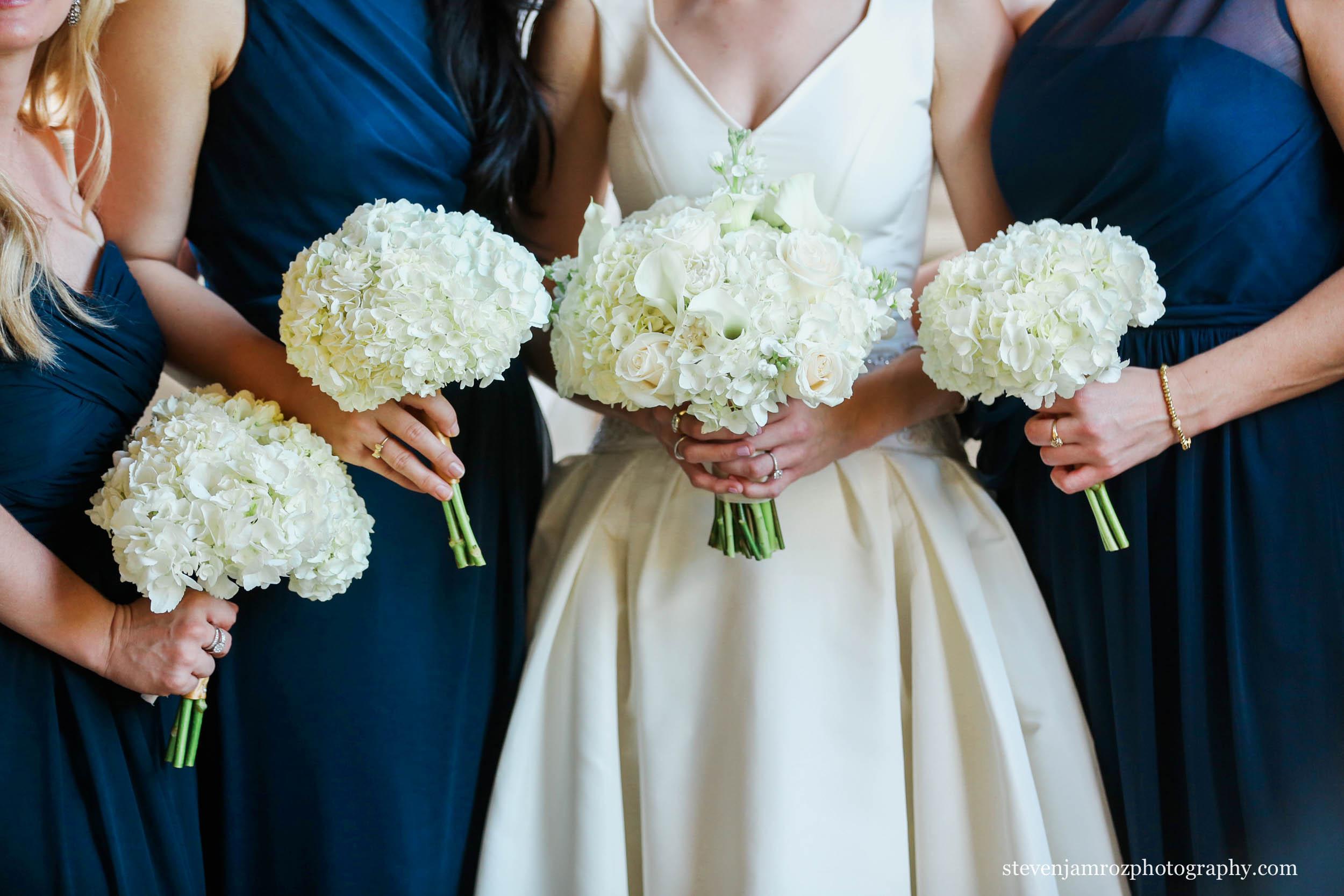 blue-dresses-flowers-wedding-steven-jamroz-photography-0466.jpg