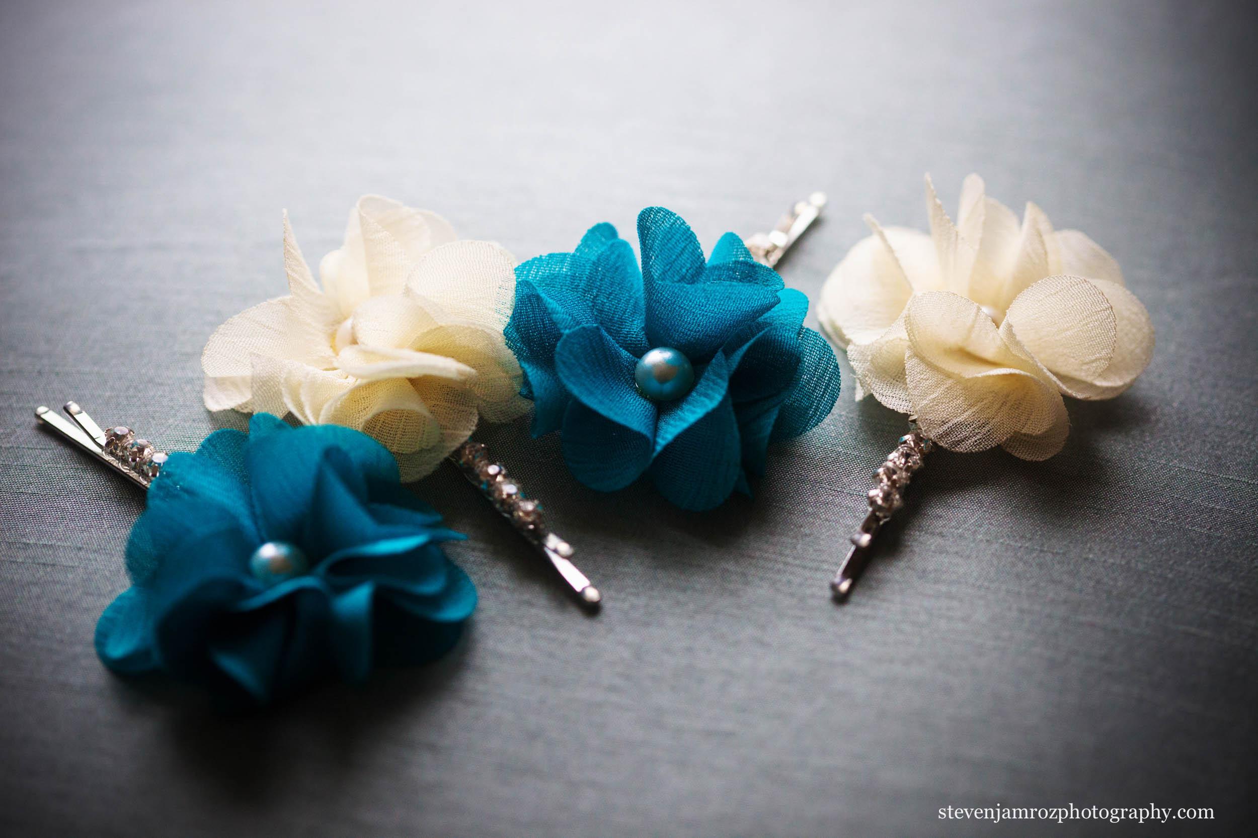 blue-white-wedding-flowers-cary-nc-steven-jamroz-photography-0358.jpg