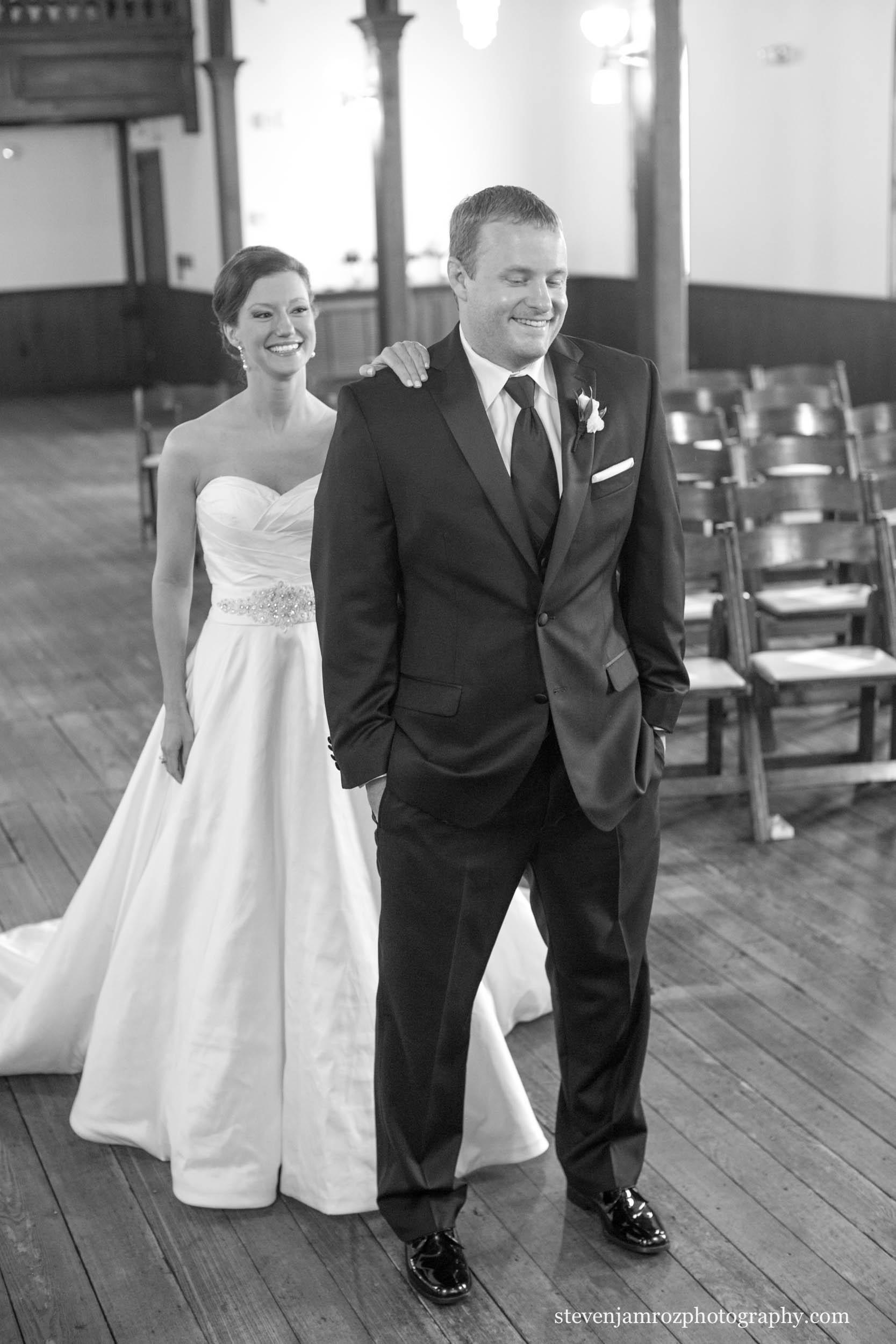 bride-first-look-all-saints-chapel-raleigh-steven-jamroz-photography-0546.jpg