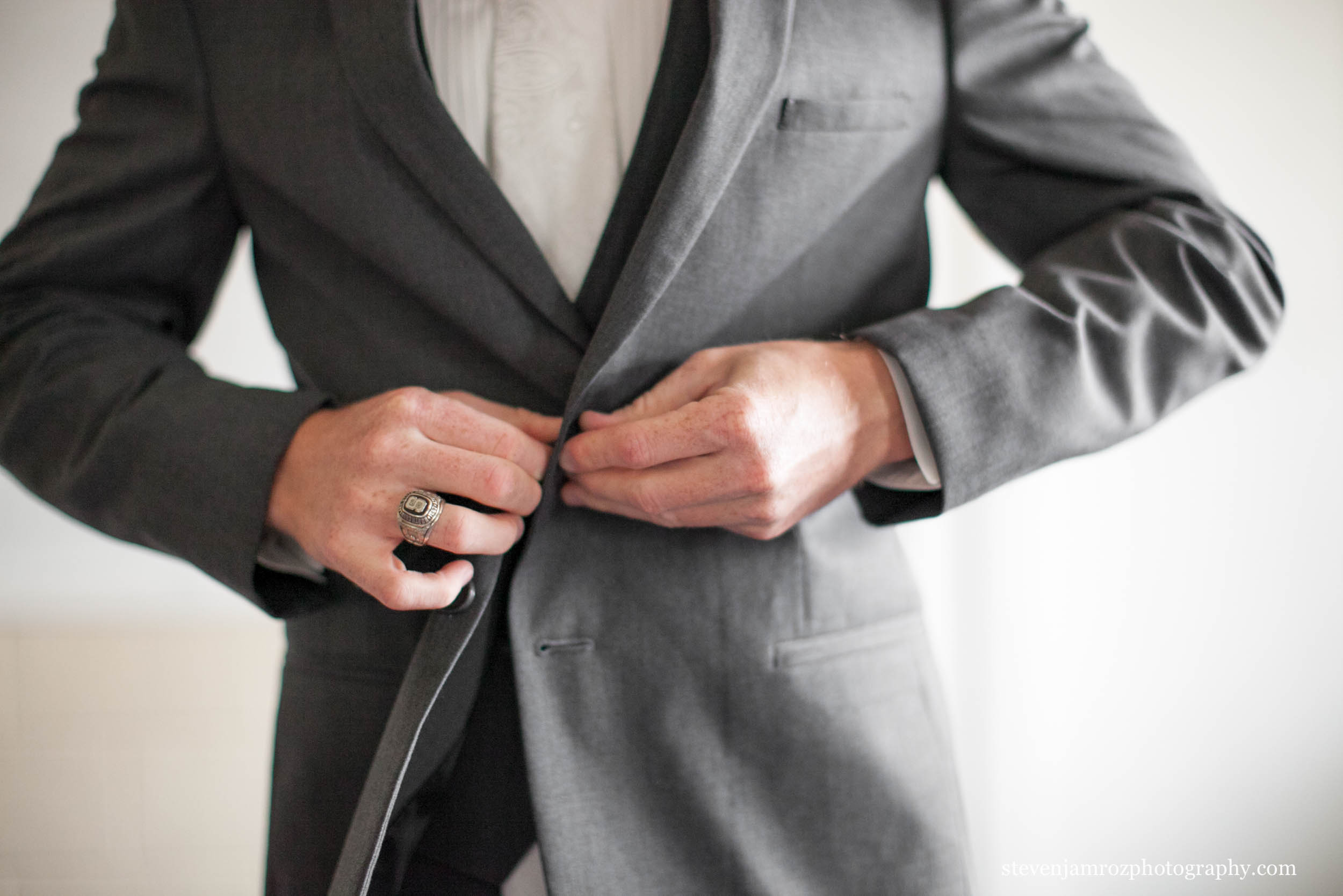 button-jacket-grey-wedding-guys-steven-jamroz-photography-0293.jpg