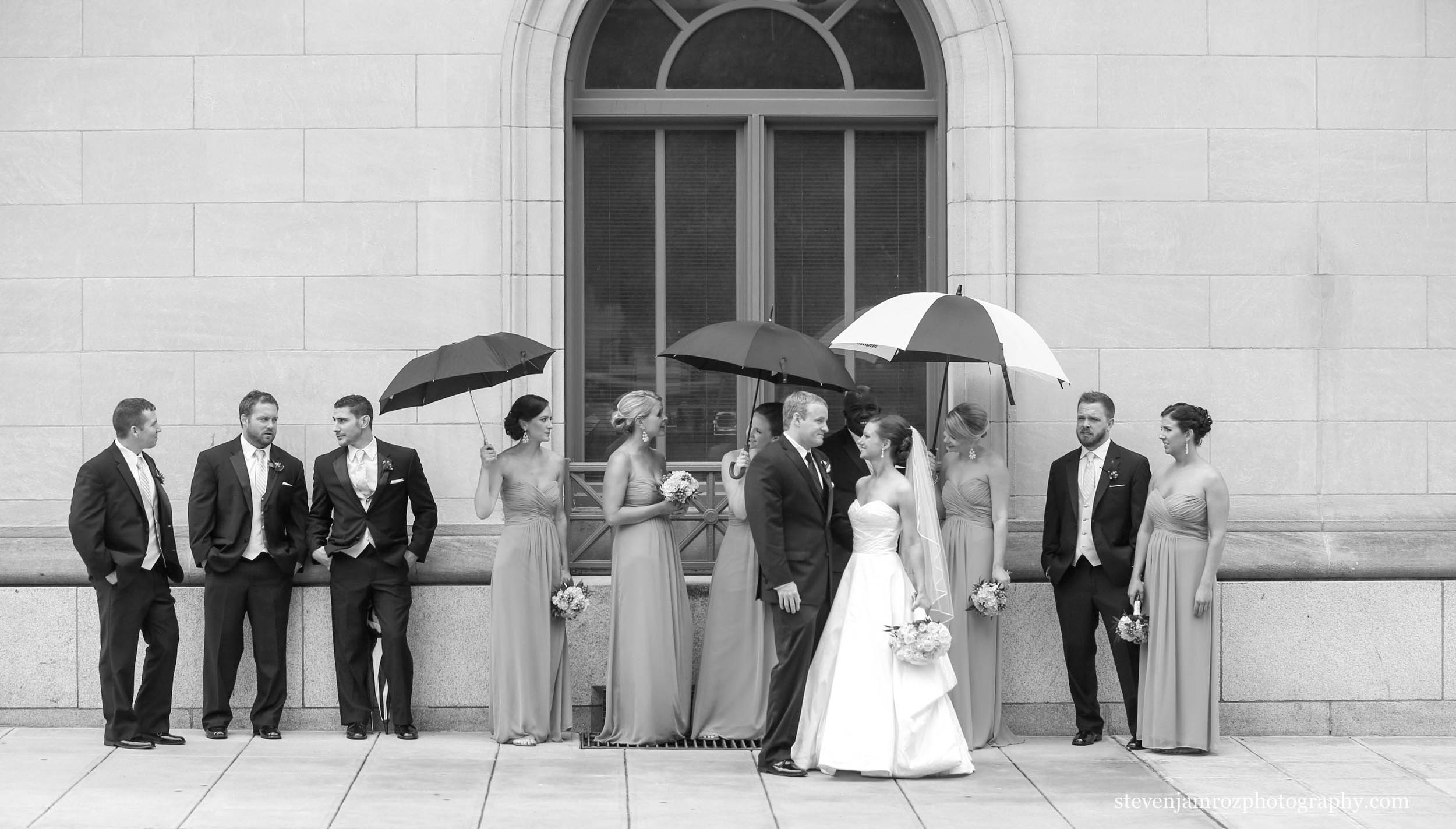 casual-bridal-party-photo-downtown-raleigh-photographer-0878.jpg