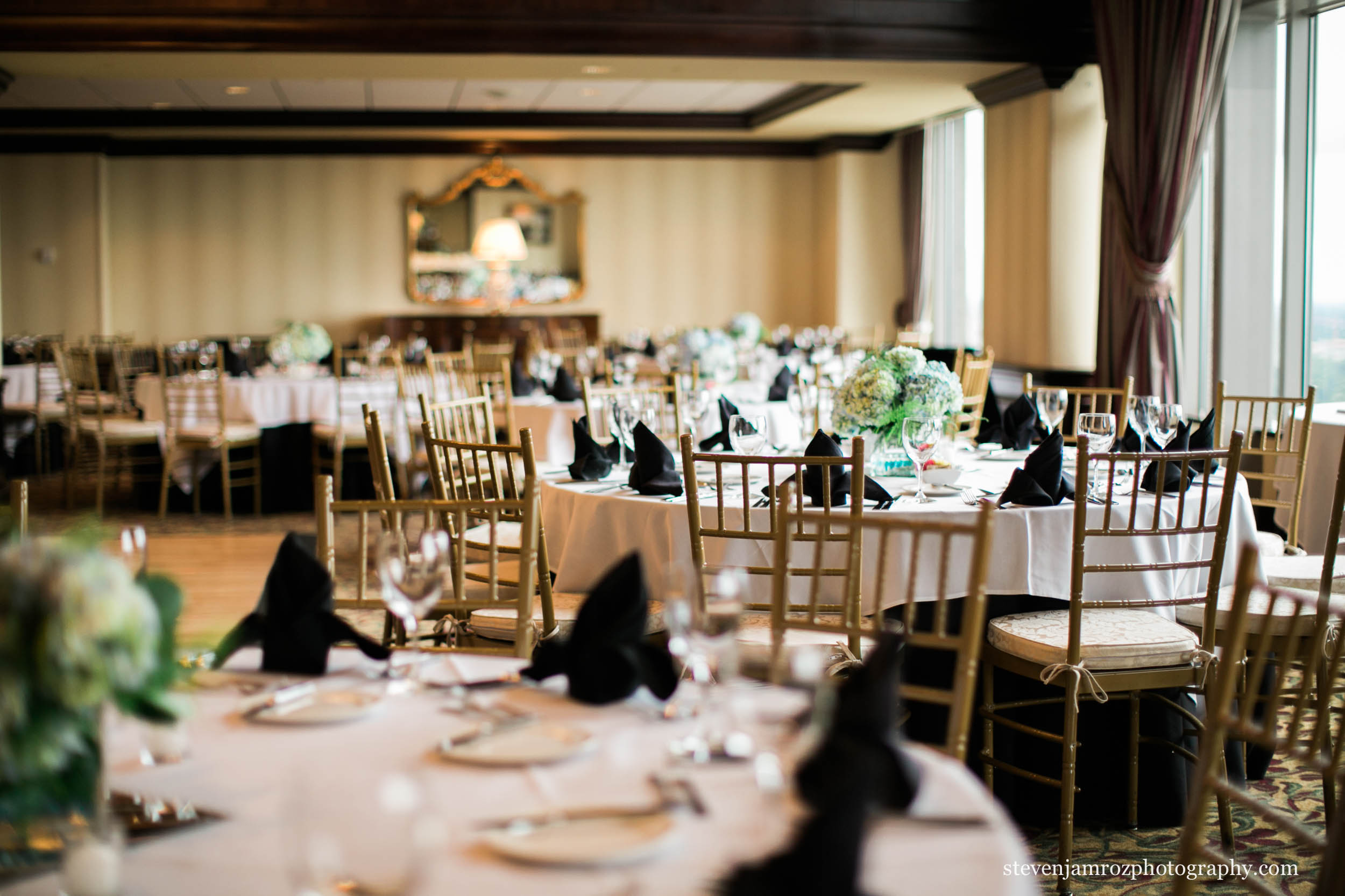city-club-downtown-raleigh-wedding-steven-jamroz-photography-0621.jpg