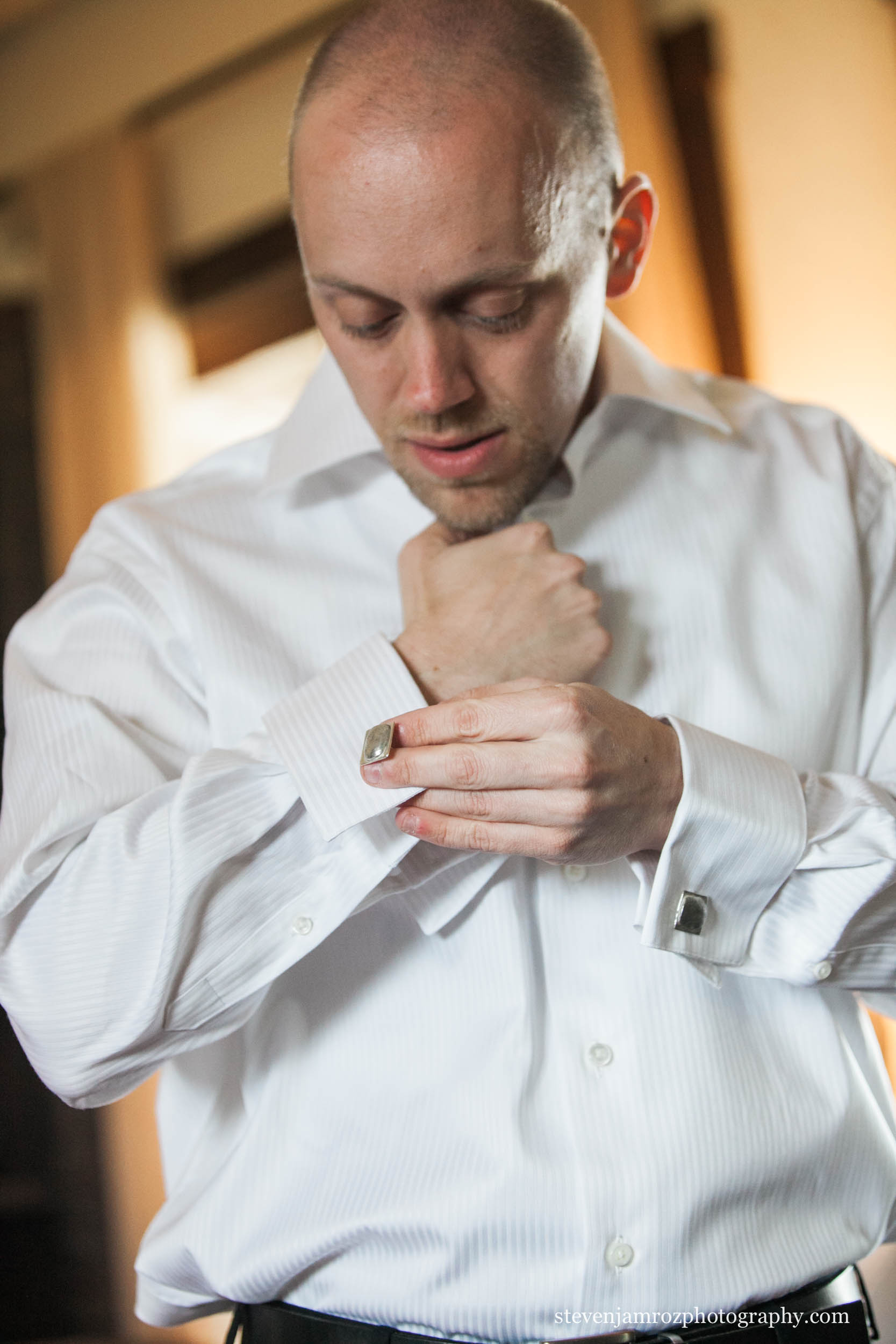 cuff-links-groom-raleigh-wedding-steven-jamroz-photography-0285.jpg