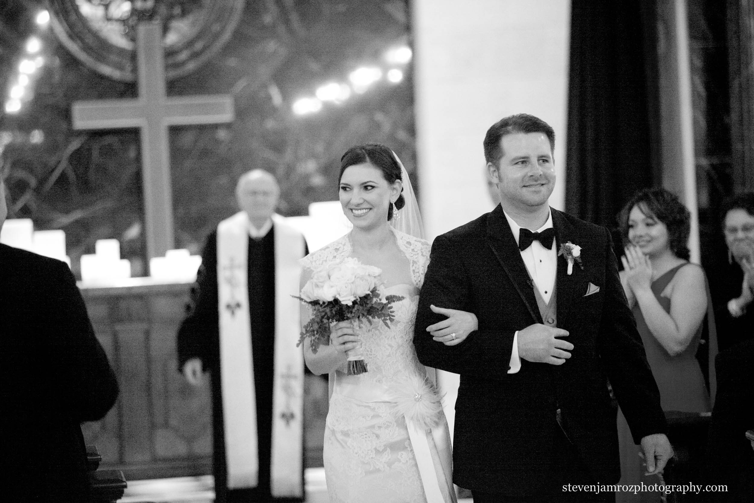 dark-church-wedding-raleigh-nc-steven-jamroz-photography-0035.jpg