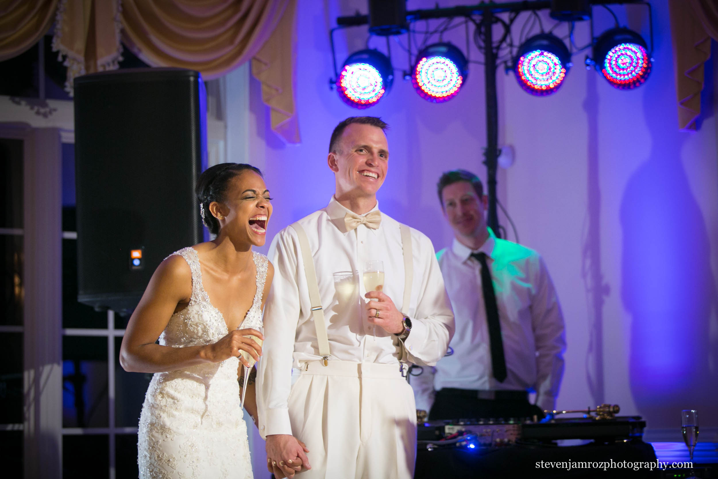 dj-at-the-hudson-manor-louisburg-steven-jamroz-photography-0389.jpg