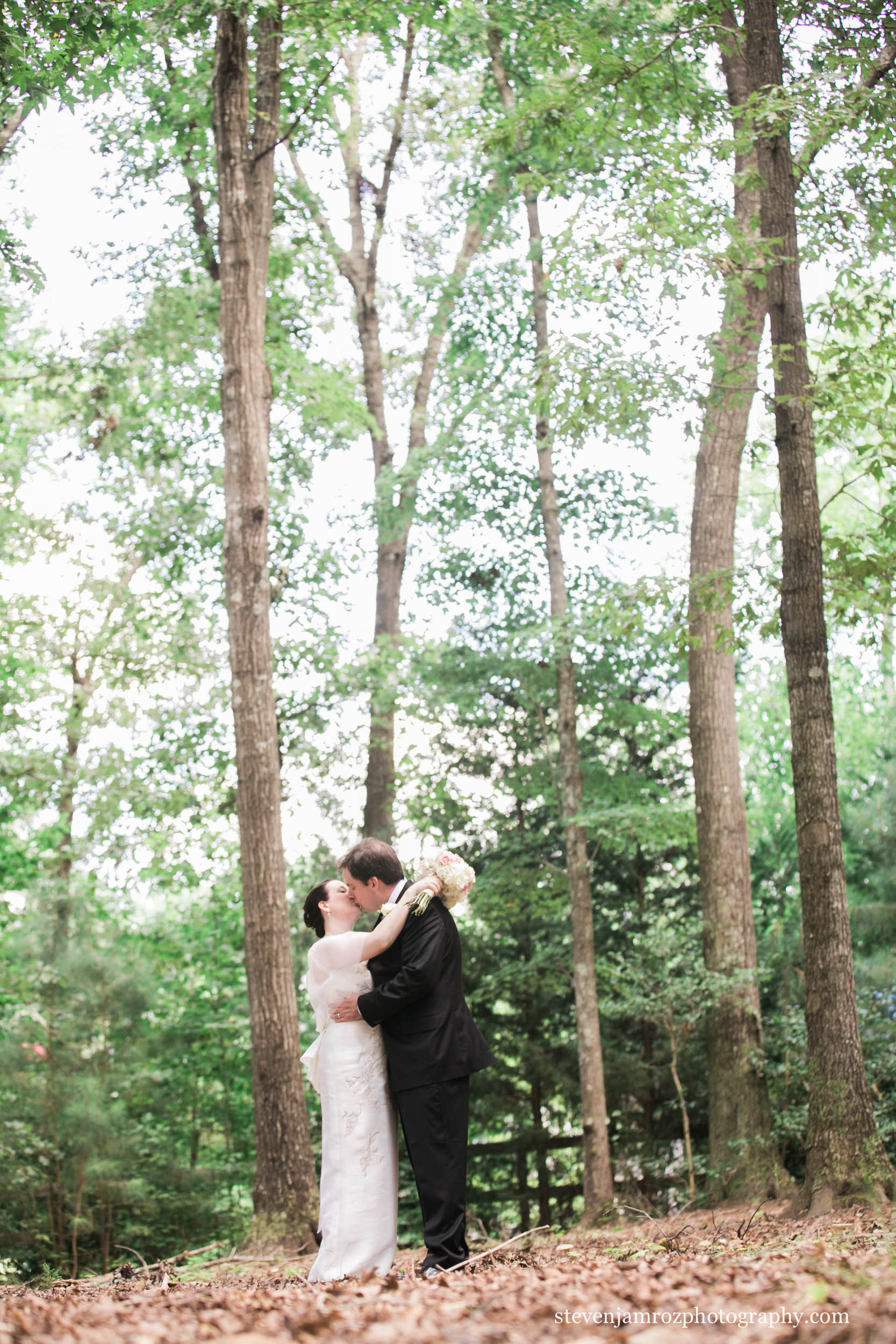 embrace-bride-groom-wake-forest-nc-steven-jamroz-photography-0083.jpg