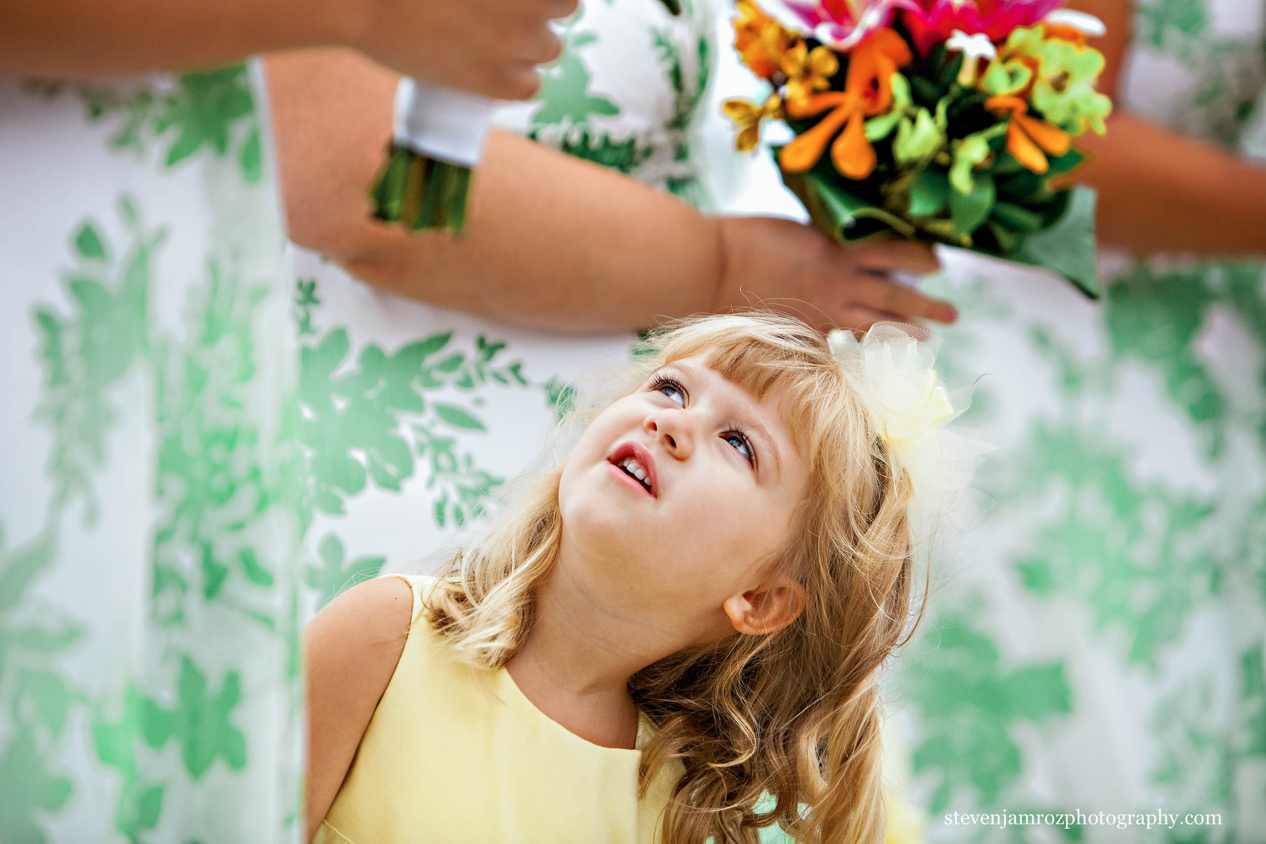flower-dresses-cute-girl-wedding-raleigh-steven-jamroz-photography-0276.jpg