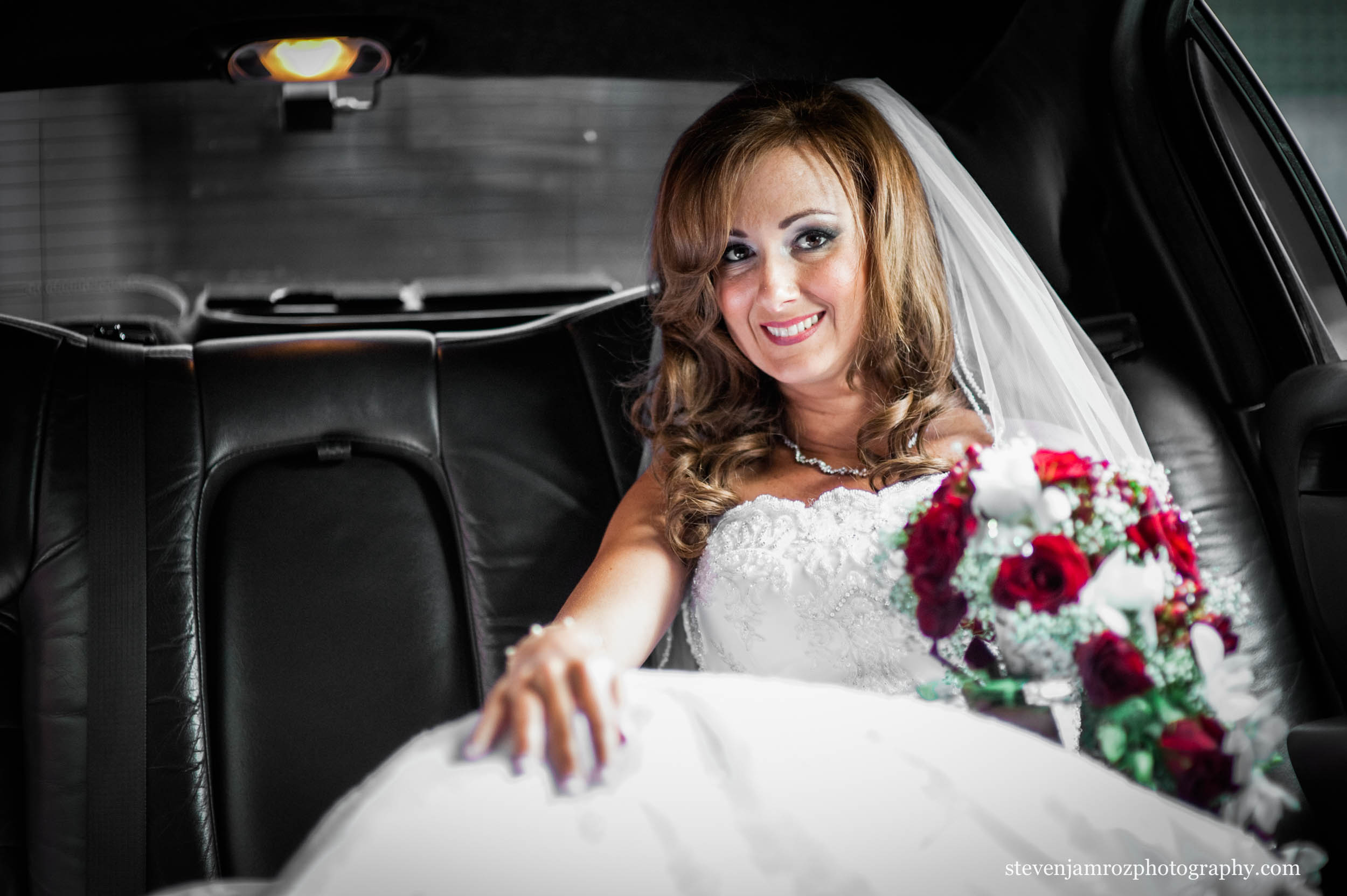 getting-in-limo-wedding-raleigh-steven-jamroz-photography-0282.jpg