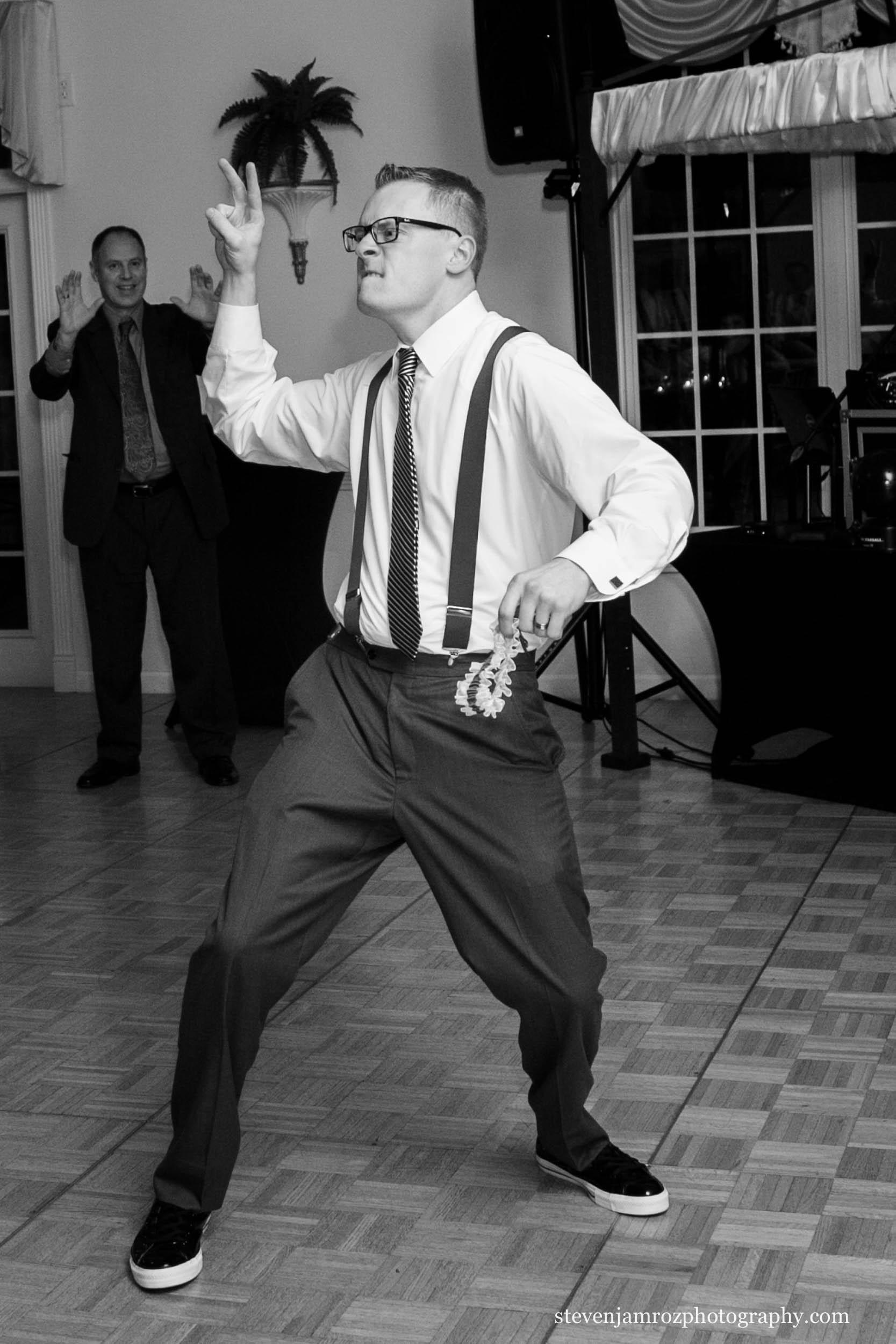 groom-vans-sneakers-dancing-durham-steven-jamroz-photography-0251.jpg