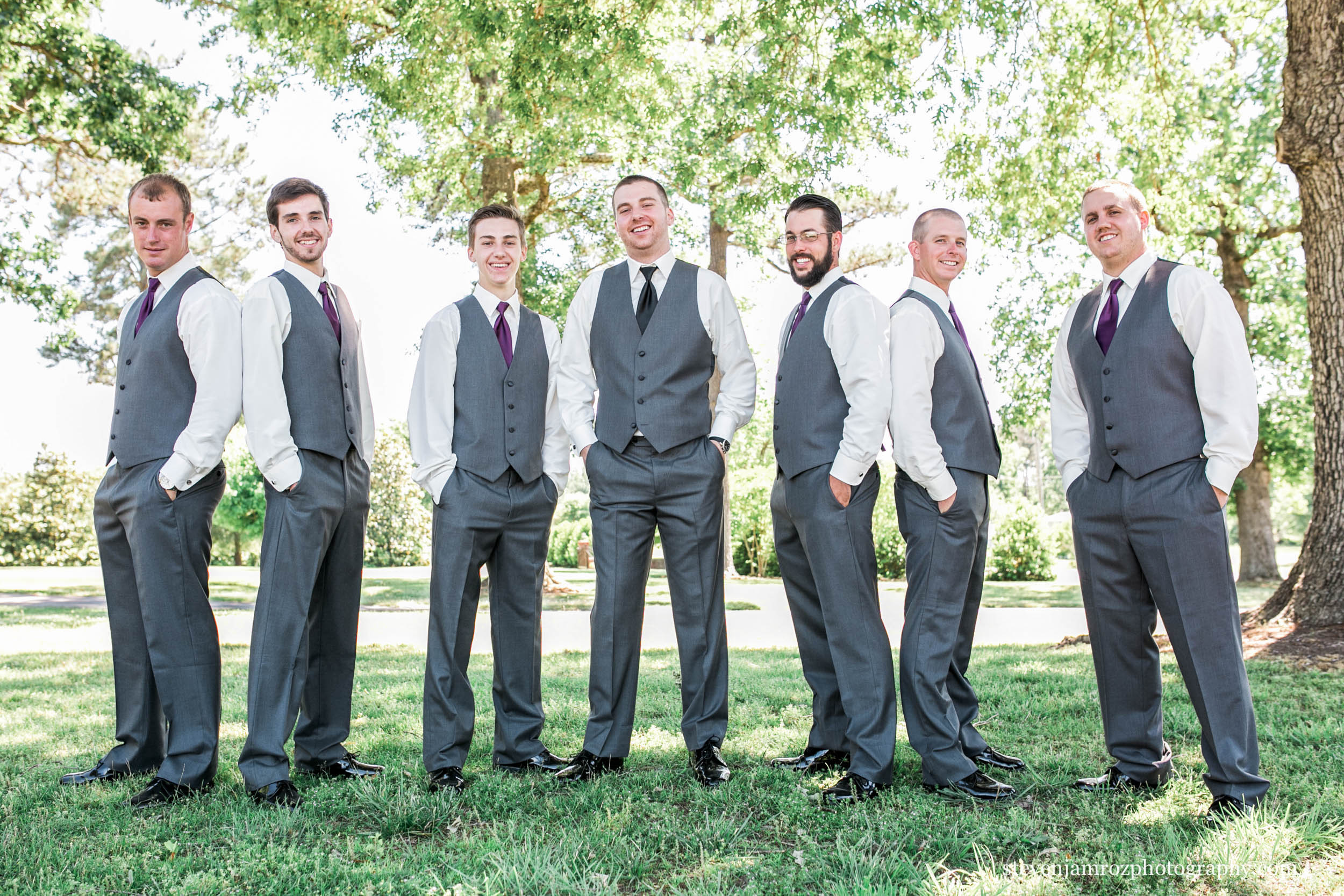 groomsmen-portraits-hudson-manor-estate-photography-0947.jpg