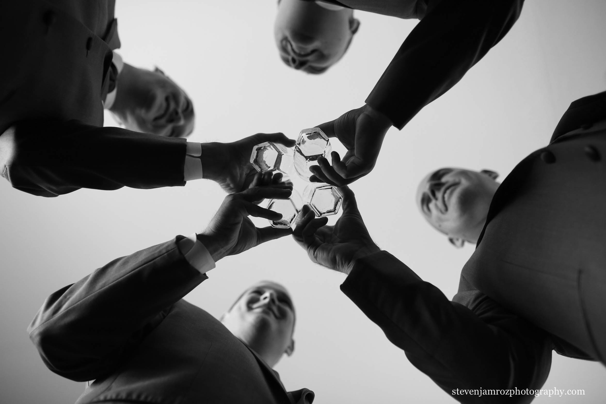 groomsmen-toast-before-wedding-ceremony-steven-jamroz-photography-0509.jpg