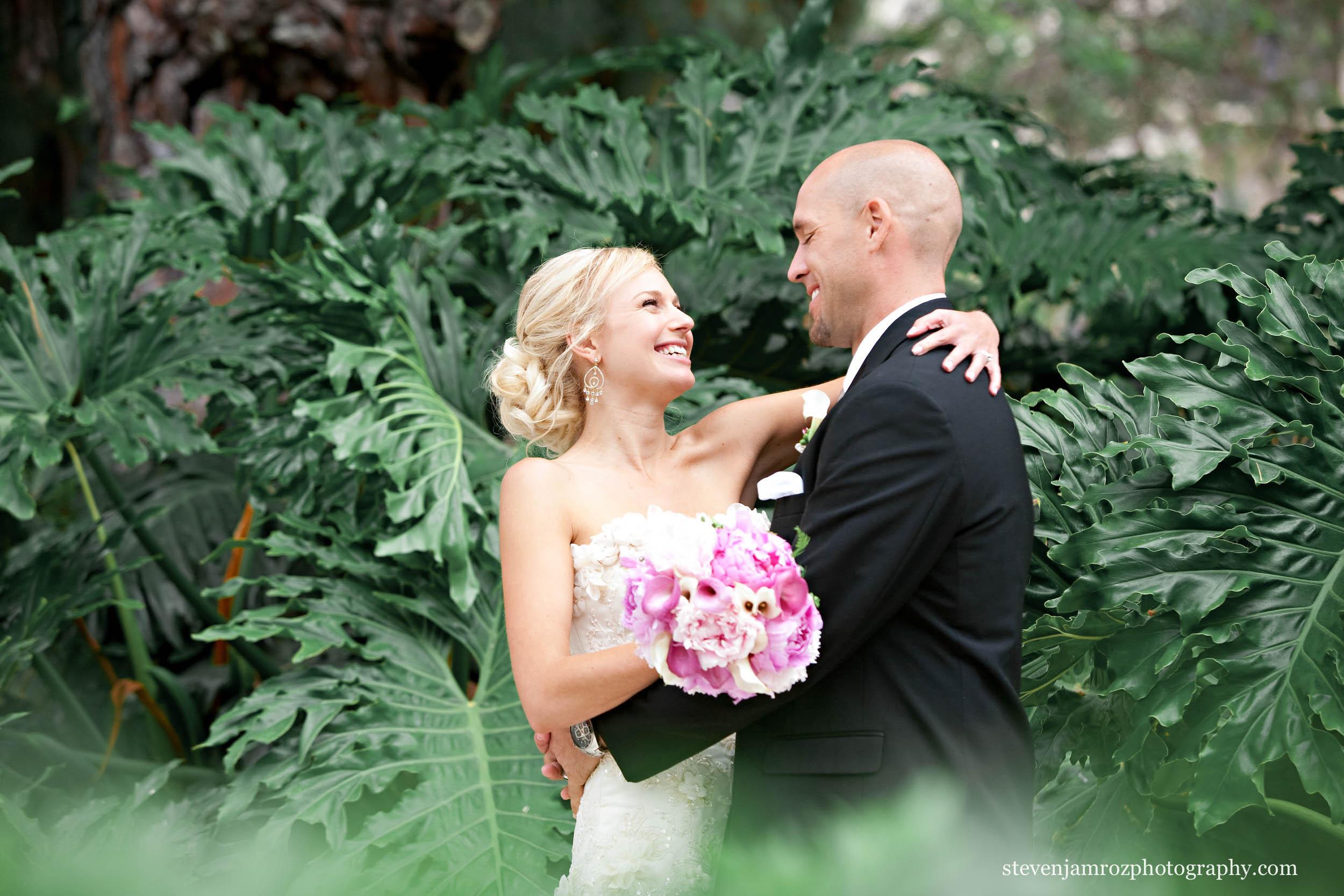 happy-hugs-bride-groom-wedding-raleigh-0806.jpg