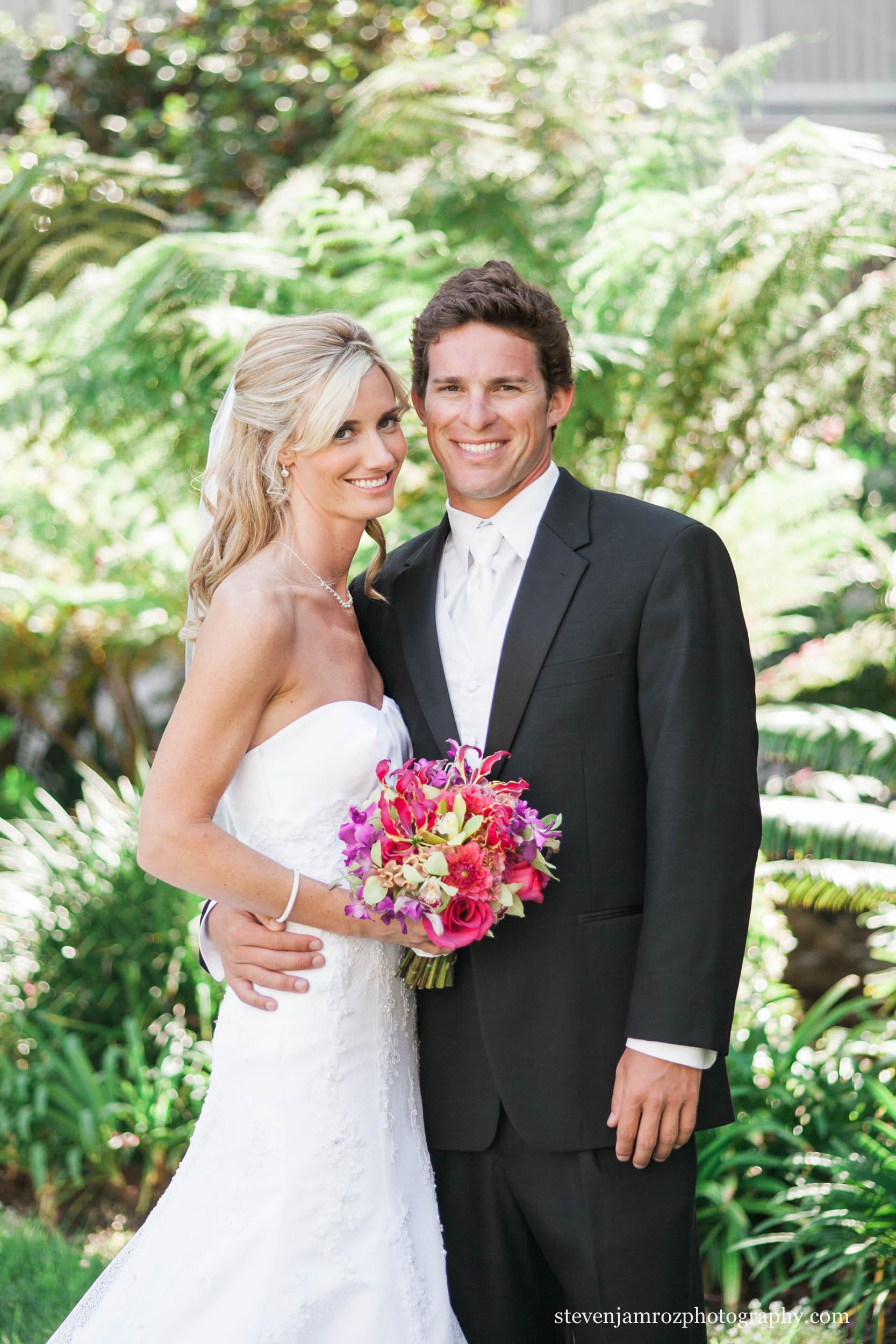 just-married-couple-raleigh-wedding-photographer-steven-jamroz-photography-0005.jpg