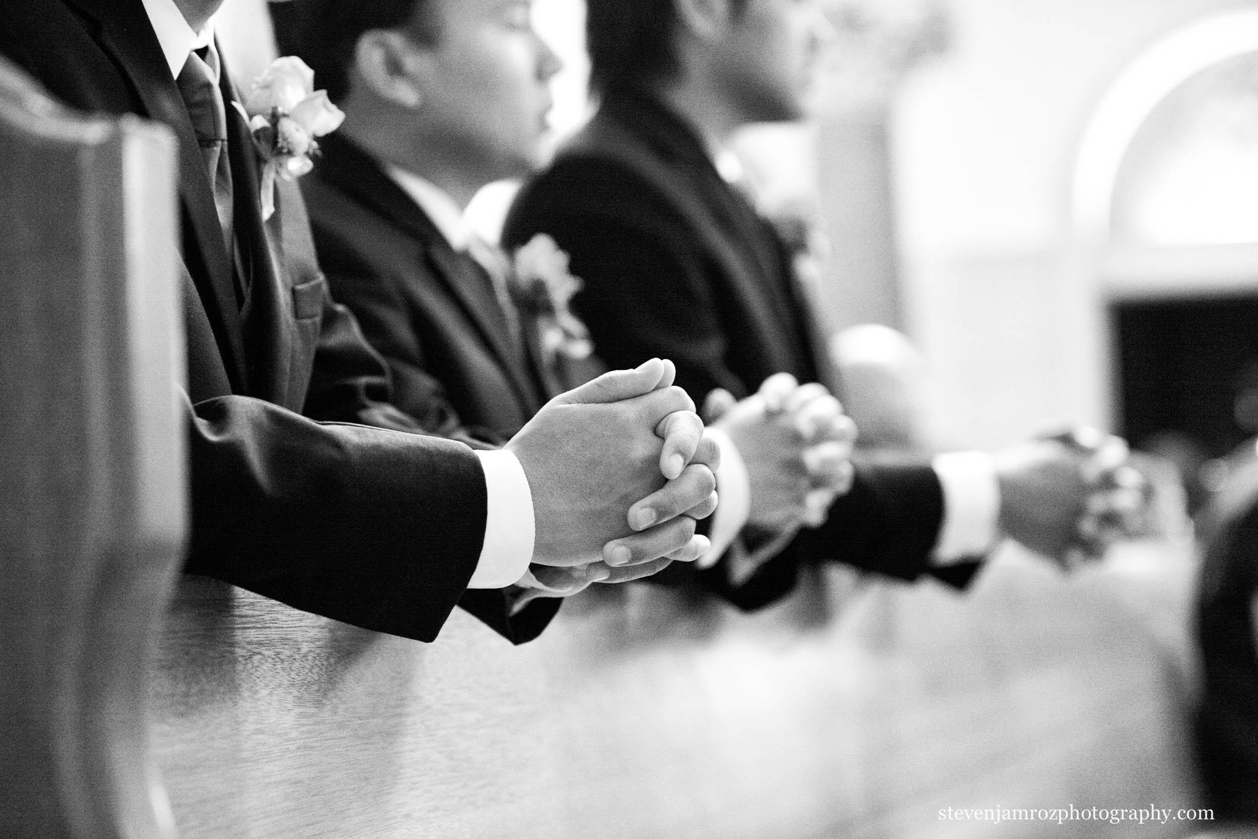 kneeling-groomsmen-wedding-steven-jamroz-photography-0482.jpg