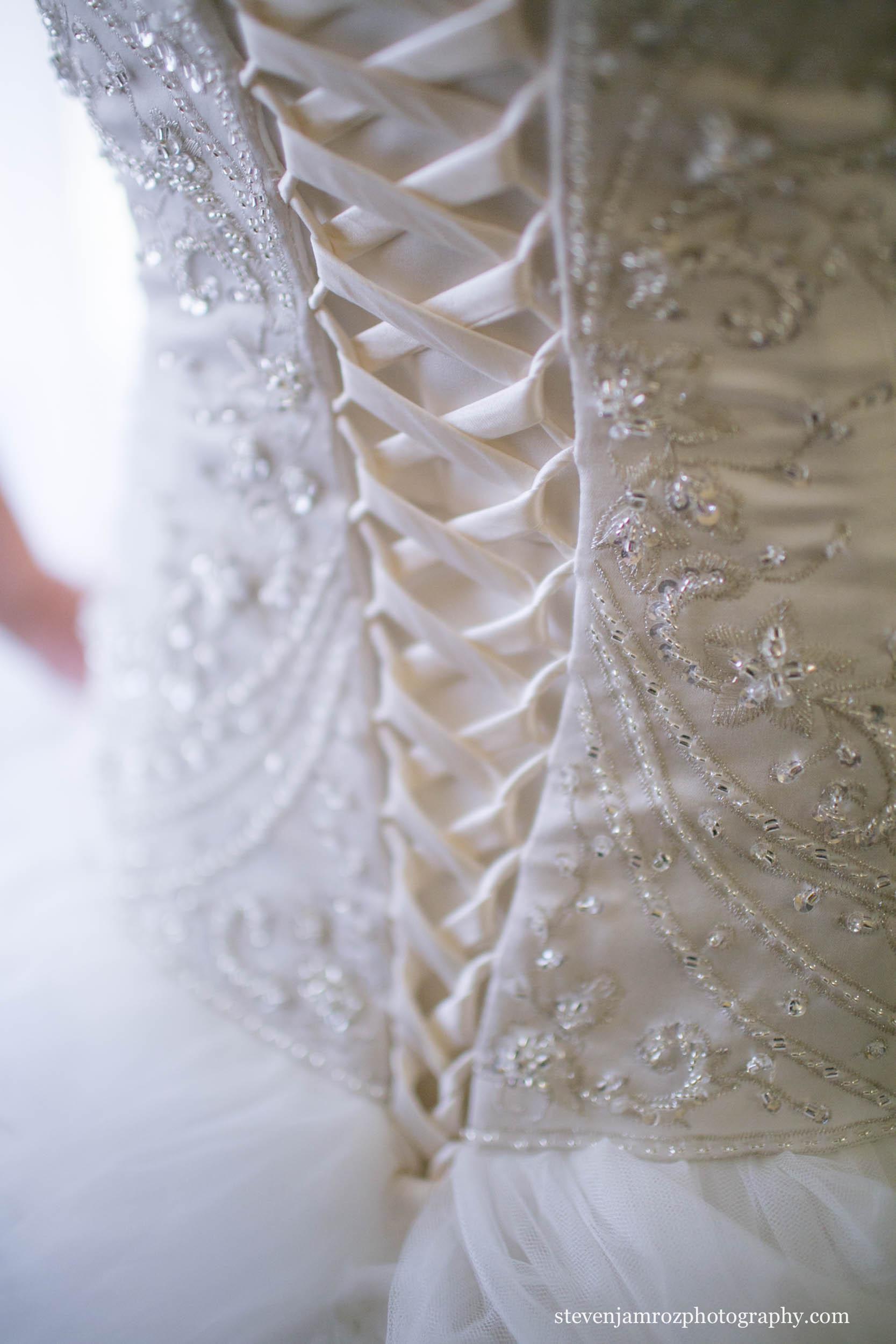 lace-dress-gorgeous-bride-raleigh-nc-0937.jpg