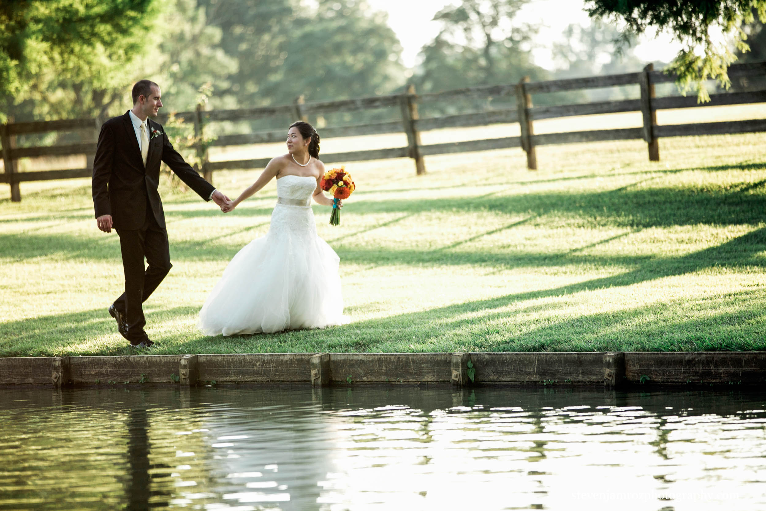 lake-rose-hill-plantation-wedding-couple-steven-jamroz-photography-0182.jpg