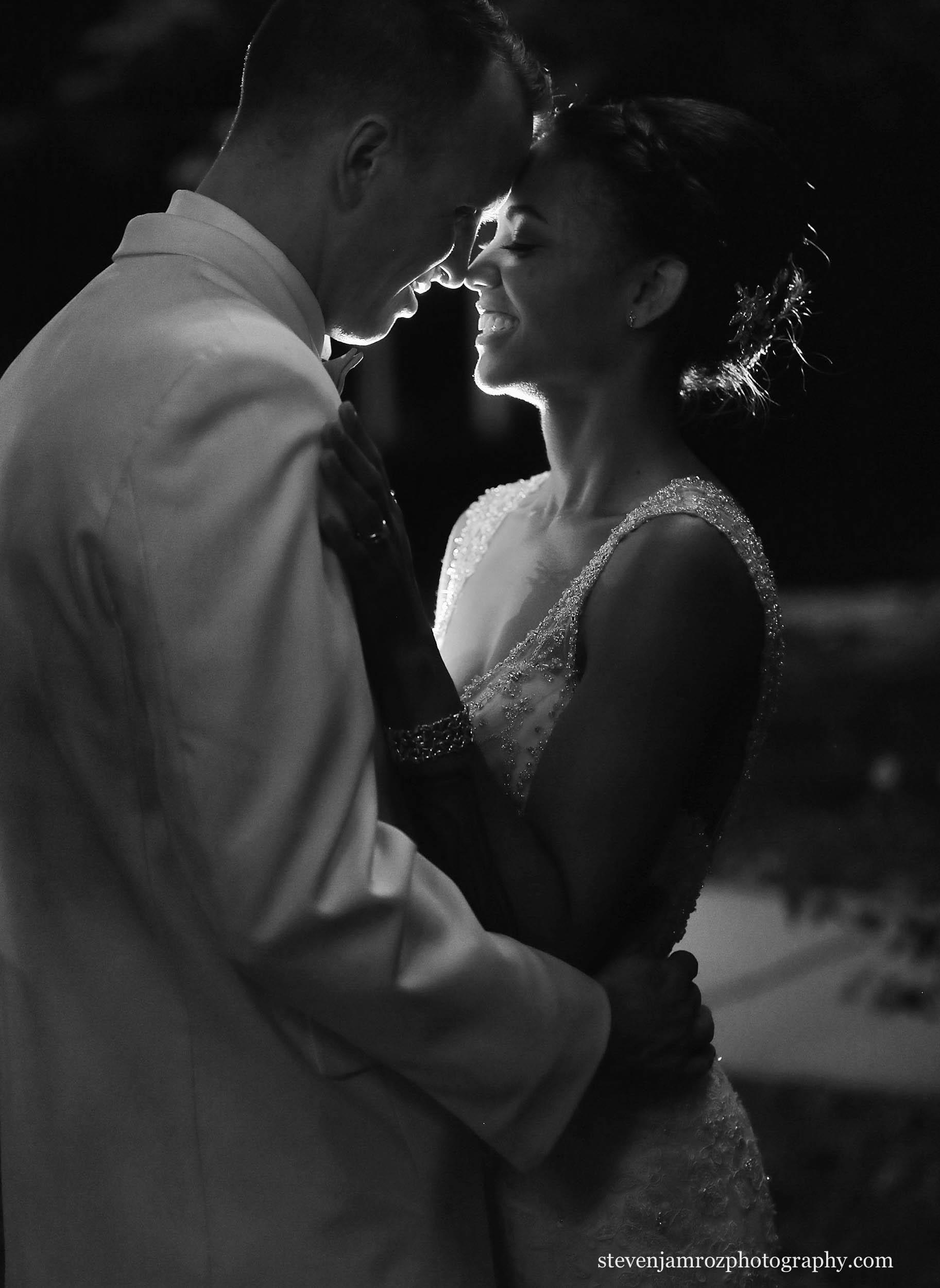 lantern-portrait-hudson-manor-wedding-steven-jamroz-photography-0551.jpg
