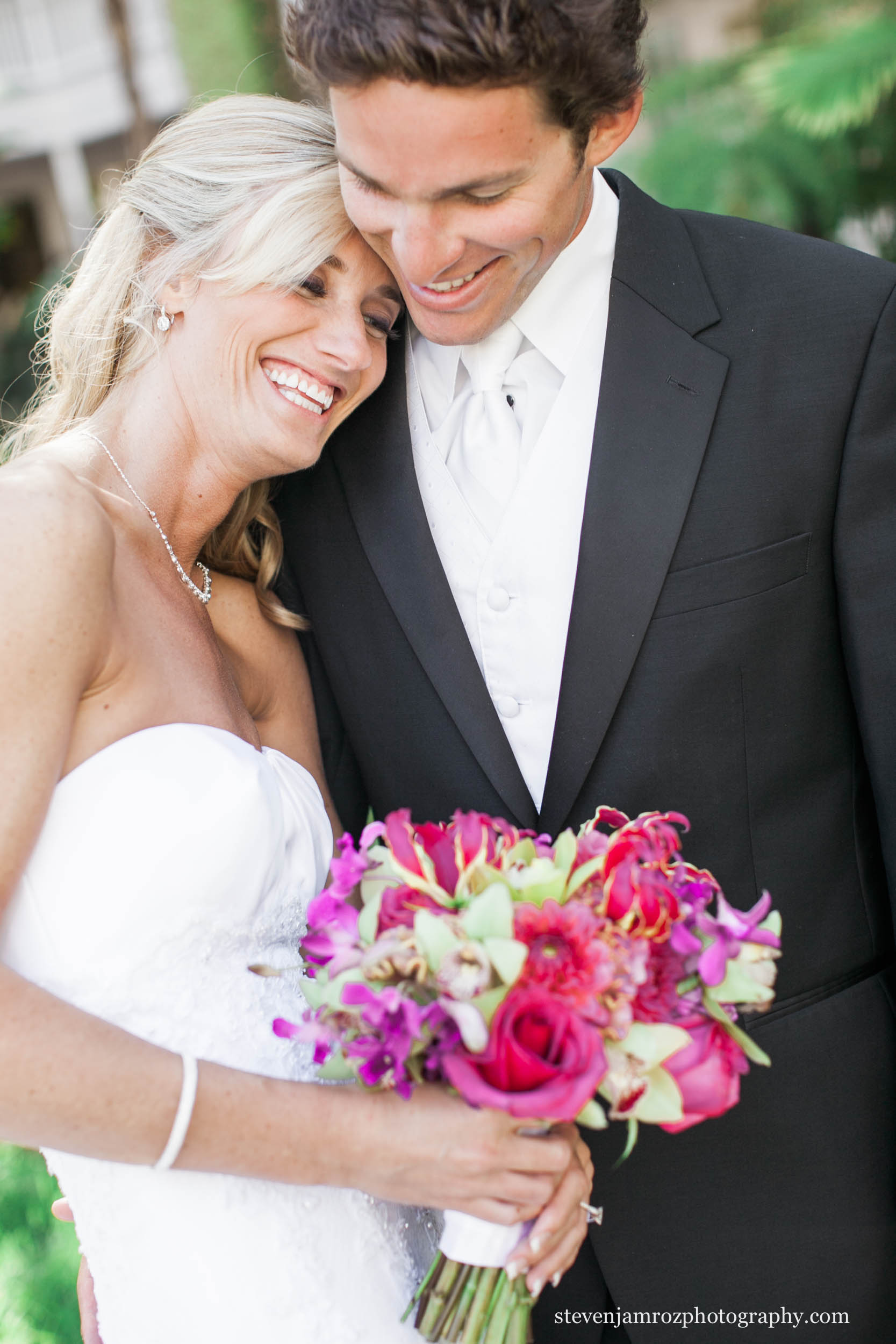 laughing-bride-and-groom-wedding-raleigh-steven-jamroz-photography-0096.jpg
