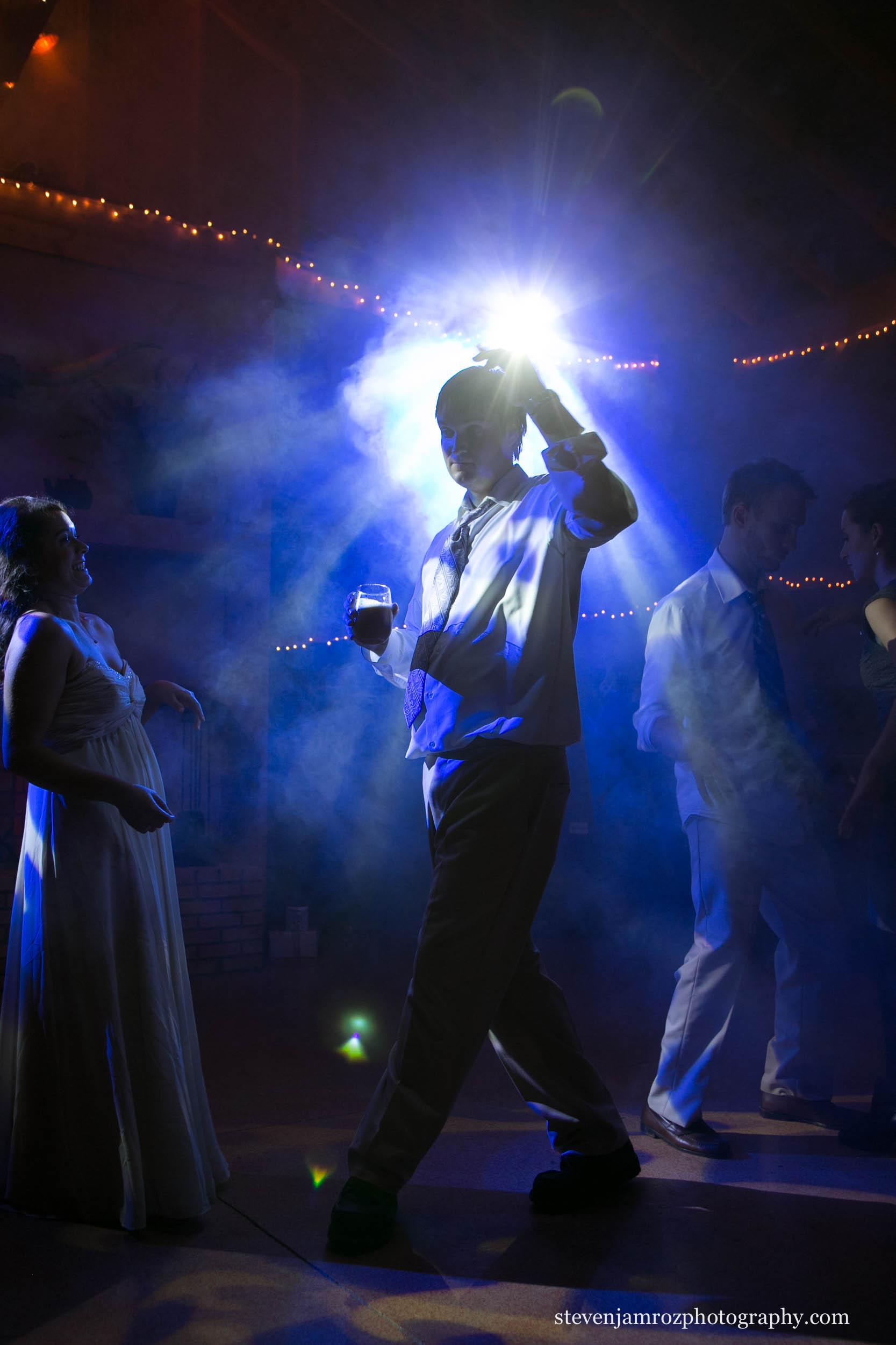 lighting-reception-wedding-smoke-steven-jamroz-photography-0378.jpg