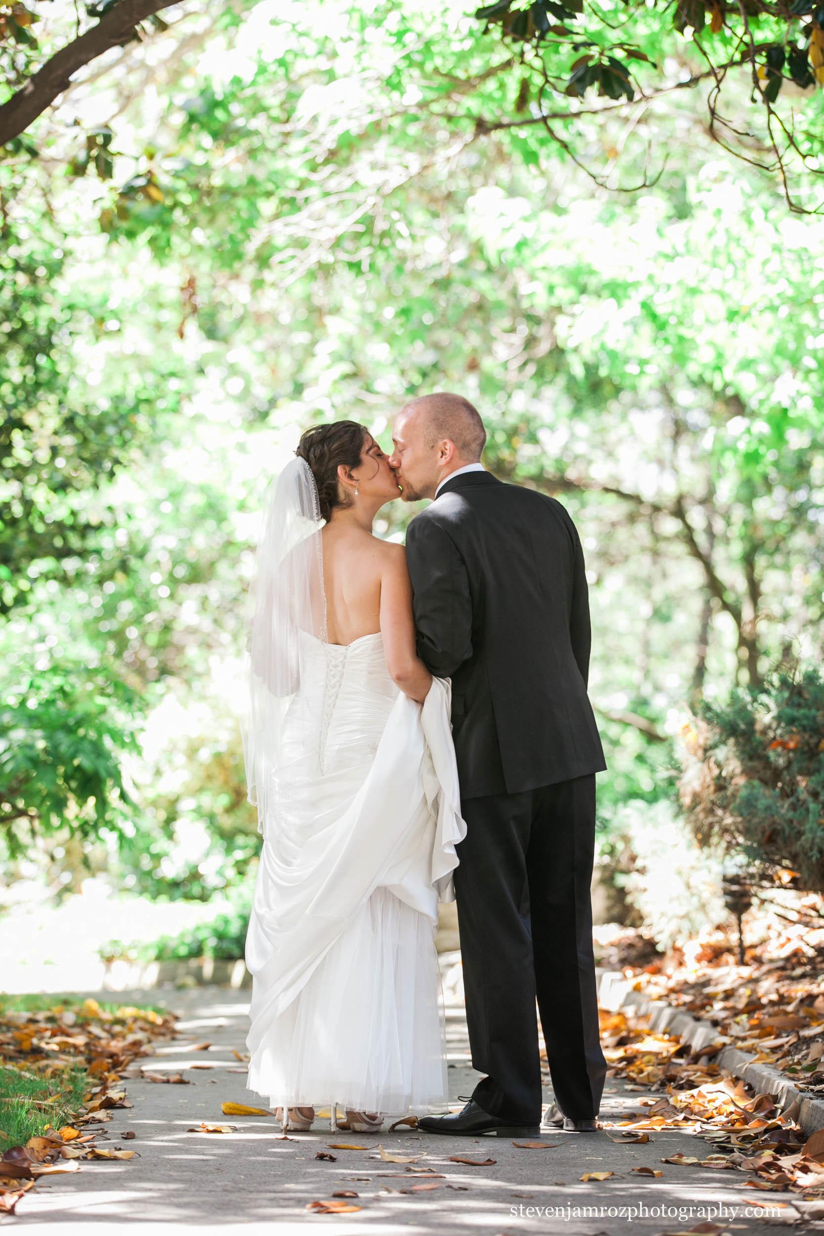 natural-portrait-wedding-couple-steven-jamroz-0685.jpg