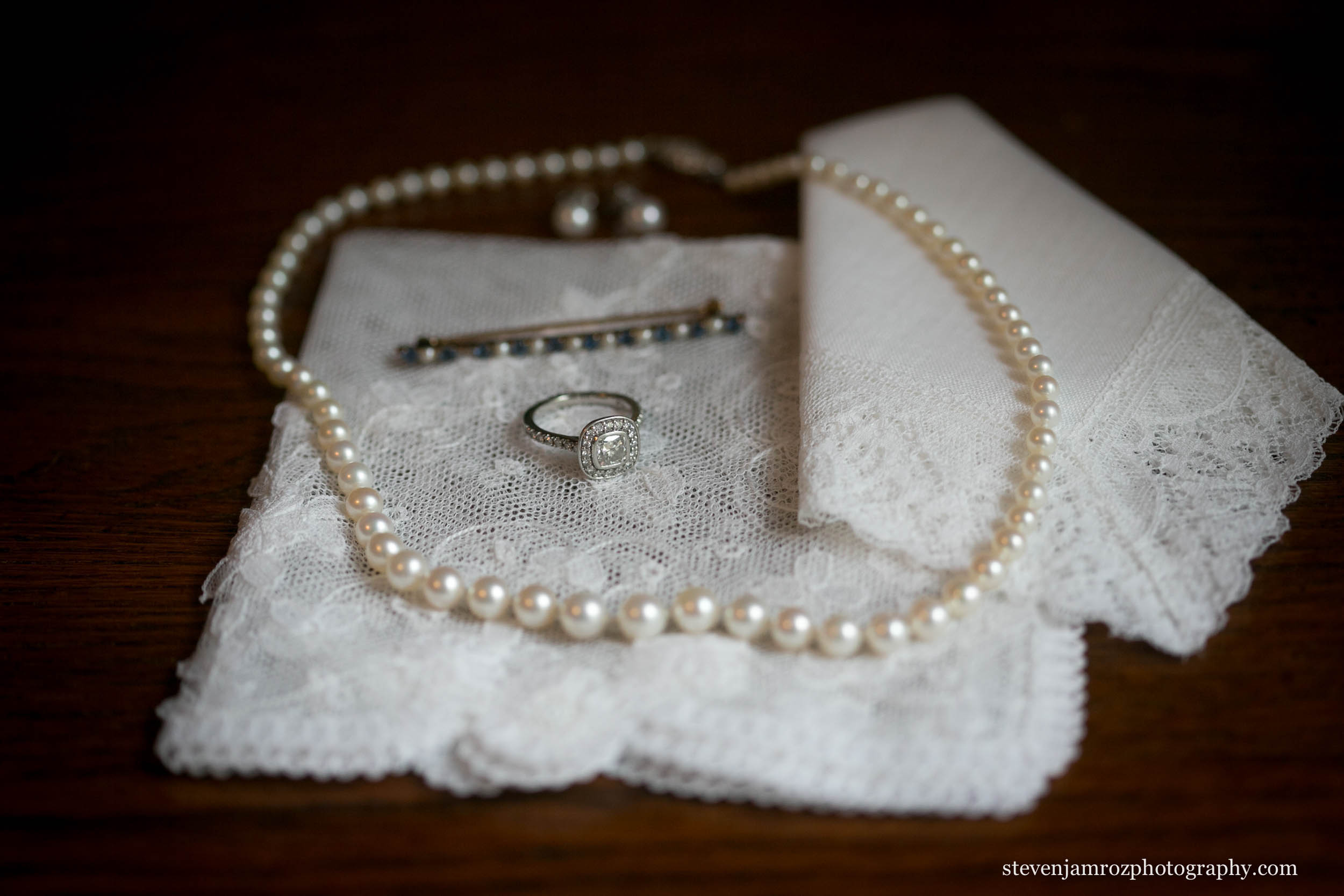 necklace-ring-hankerchief-wedding-photographer-steven-jamroz-0732.jpg