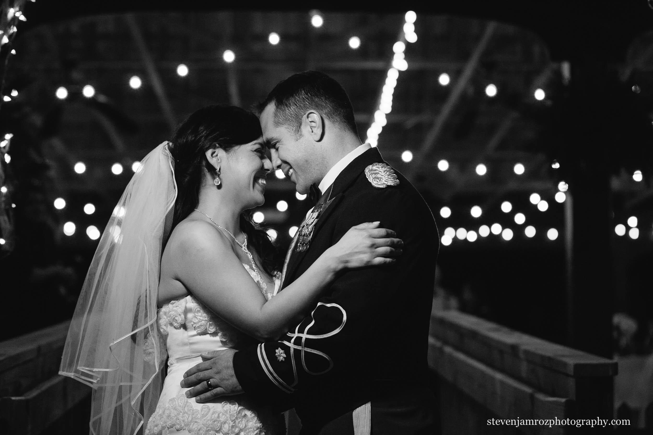 night-portrait-wedding-steven-jamroz-photography-0248.jpg
