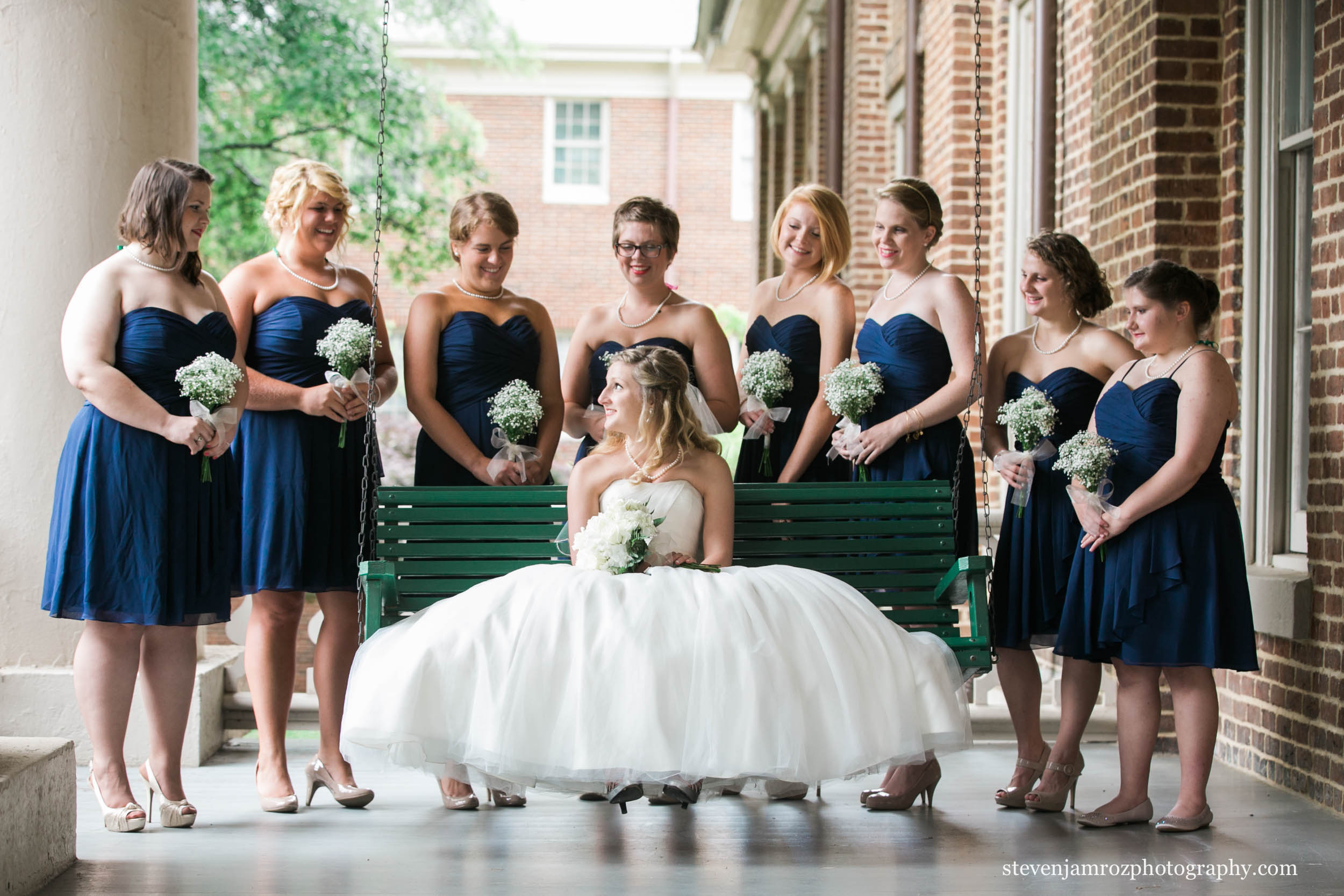 photographer-peace-college-wedding-steven-jamroz-0657.jpg