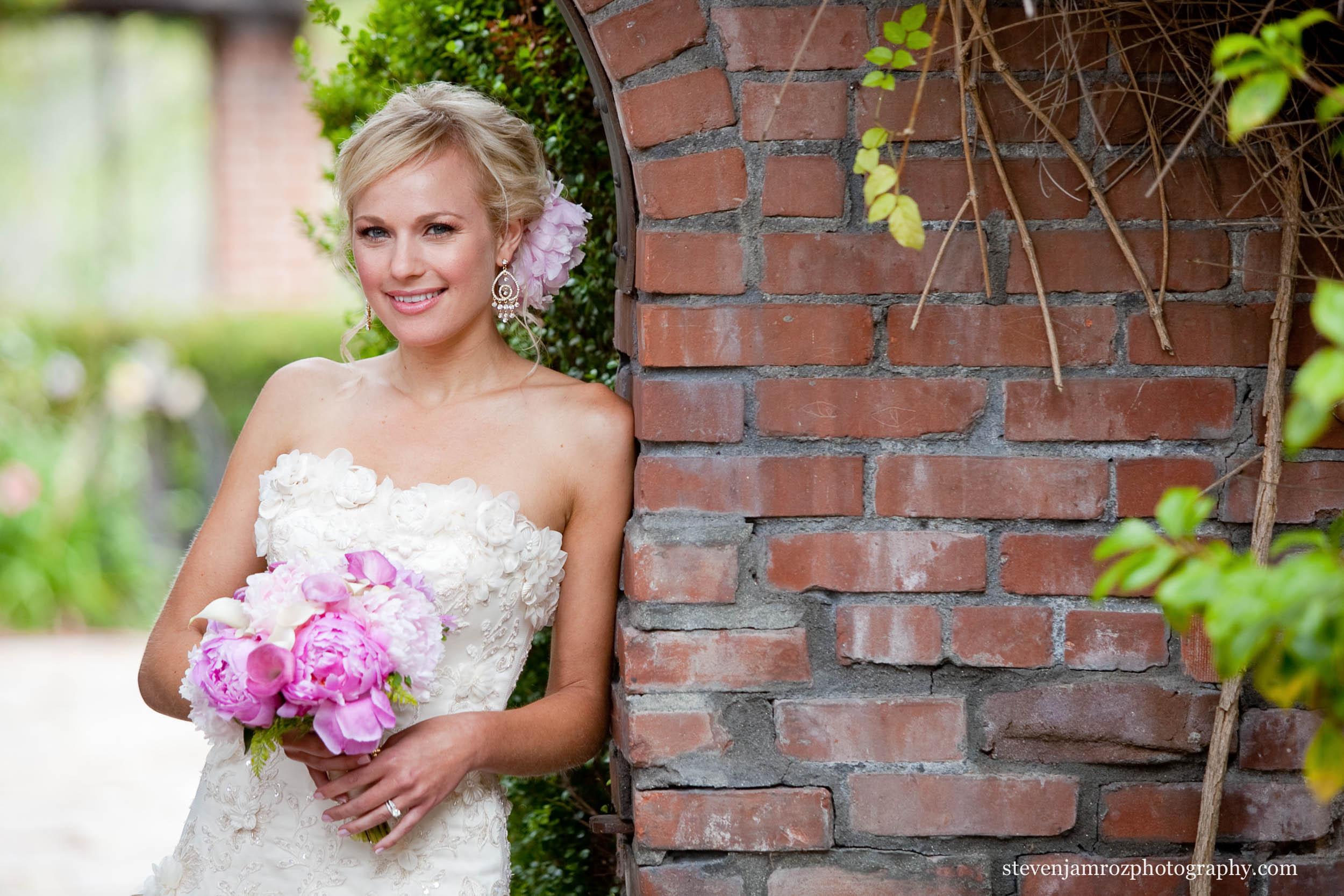 pink-flowers-bride-durham-nc-wedding-venues-photographer-0846.jpg