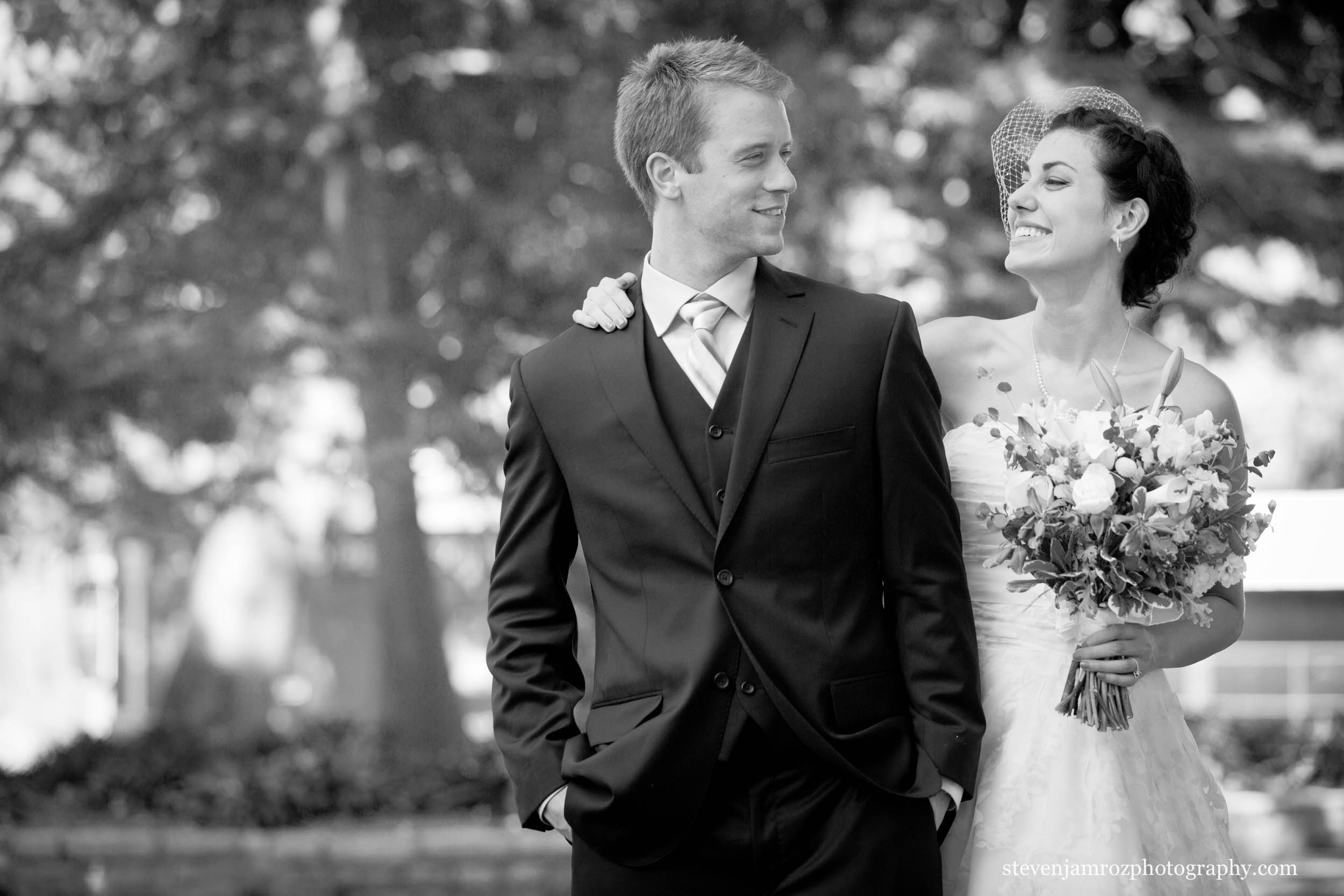 portrait-bride-groom-moore-square-raleigh-steven-jamroz-photography-0242.jpg