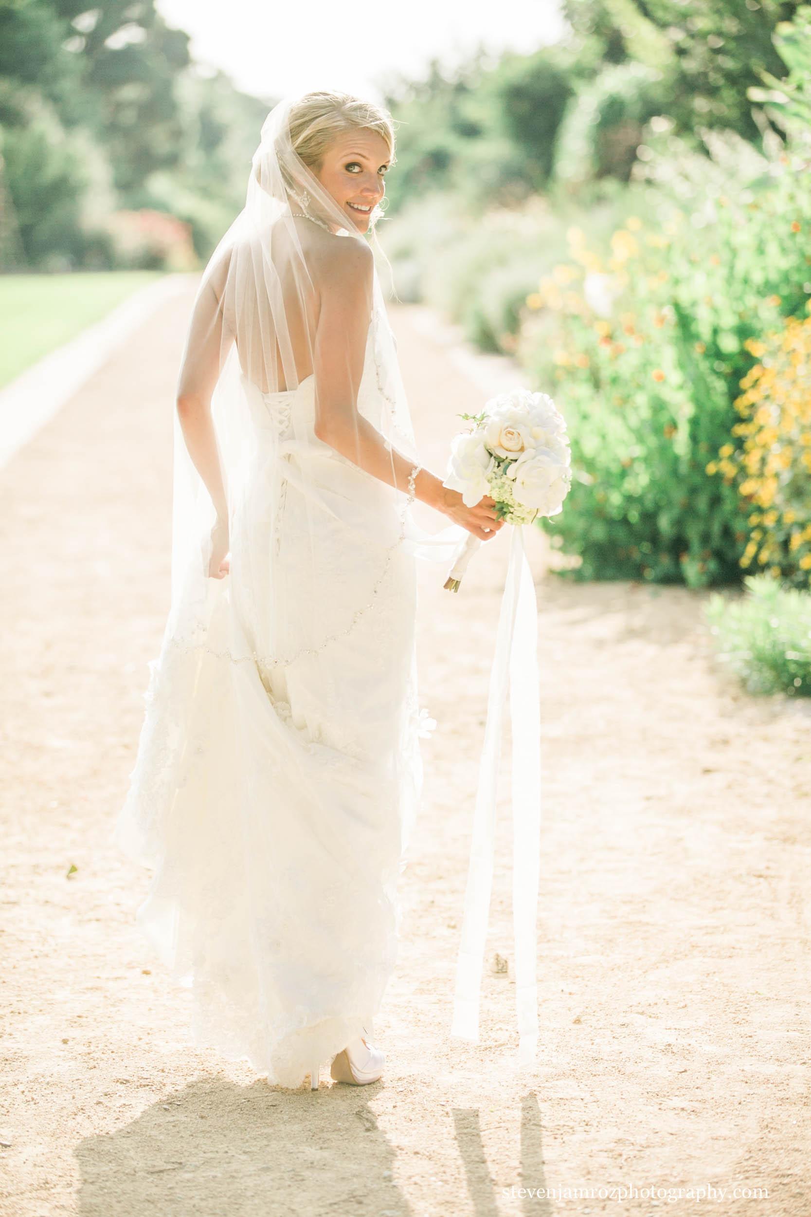 pretty-wedding-dress-steven-jamroz-photography-0540.jpg