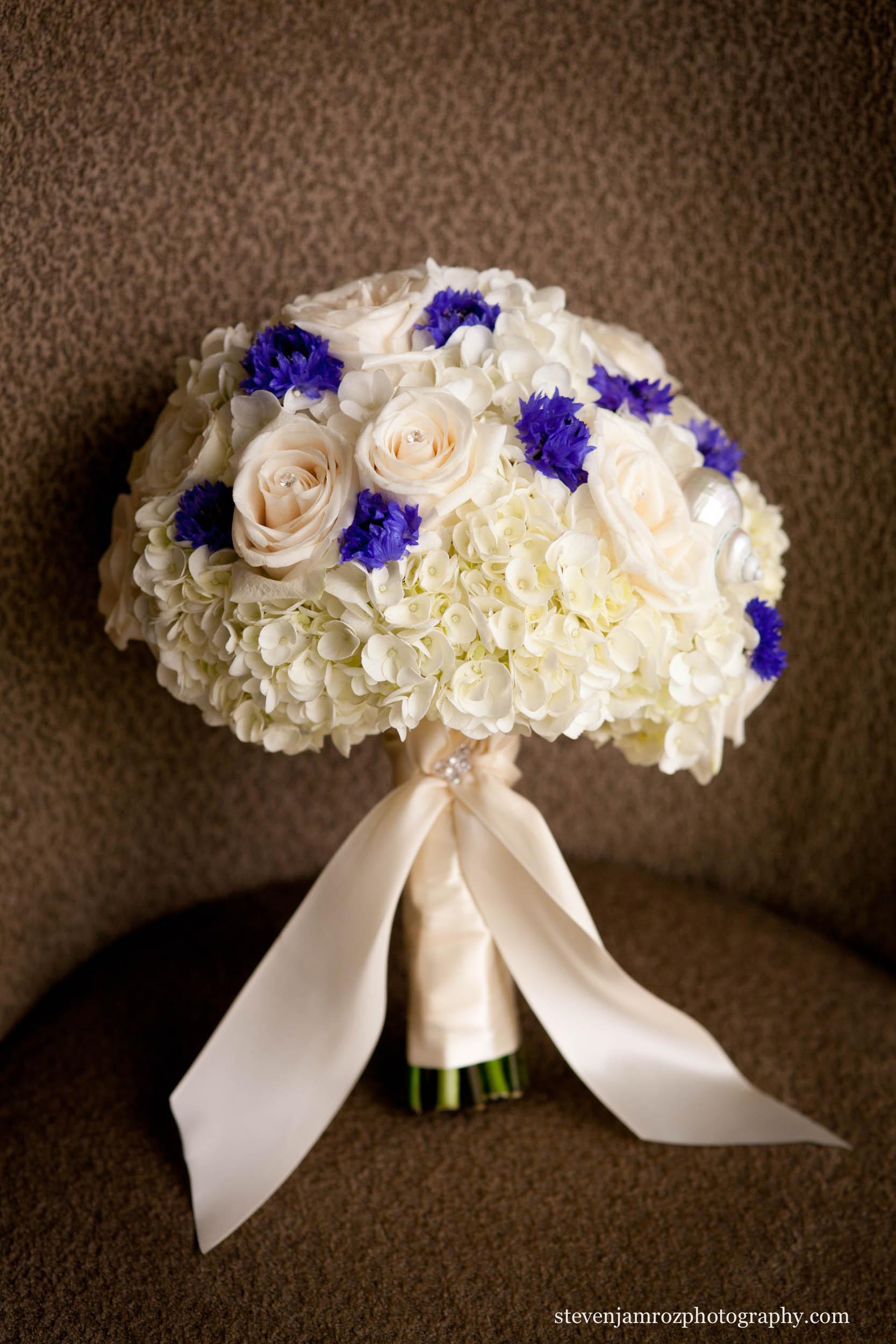 purple-white-wedding-flower-bouquet-steven-jamroz-photography-0286.jpg