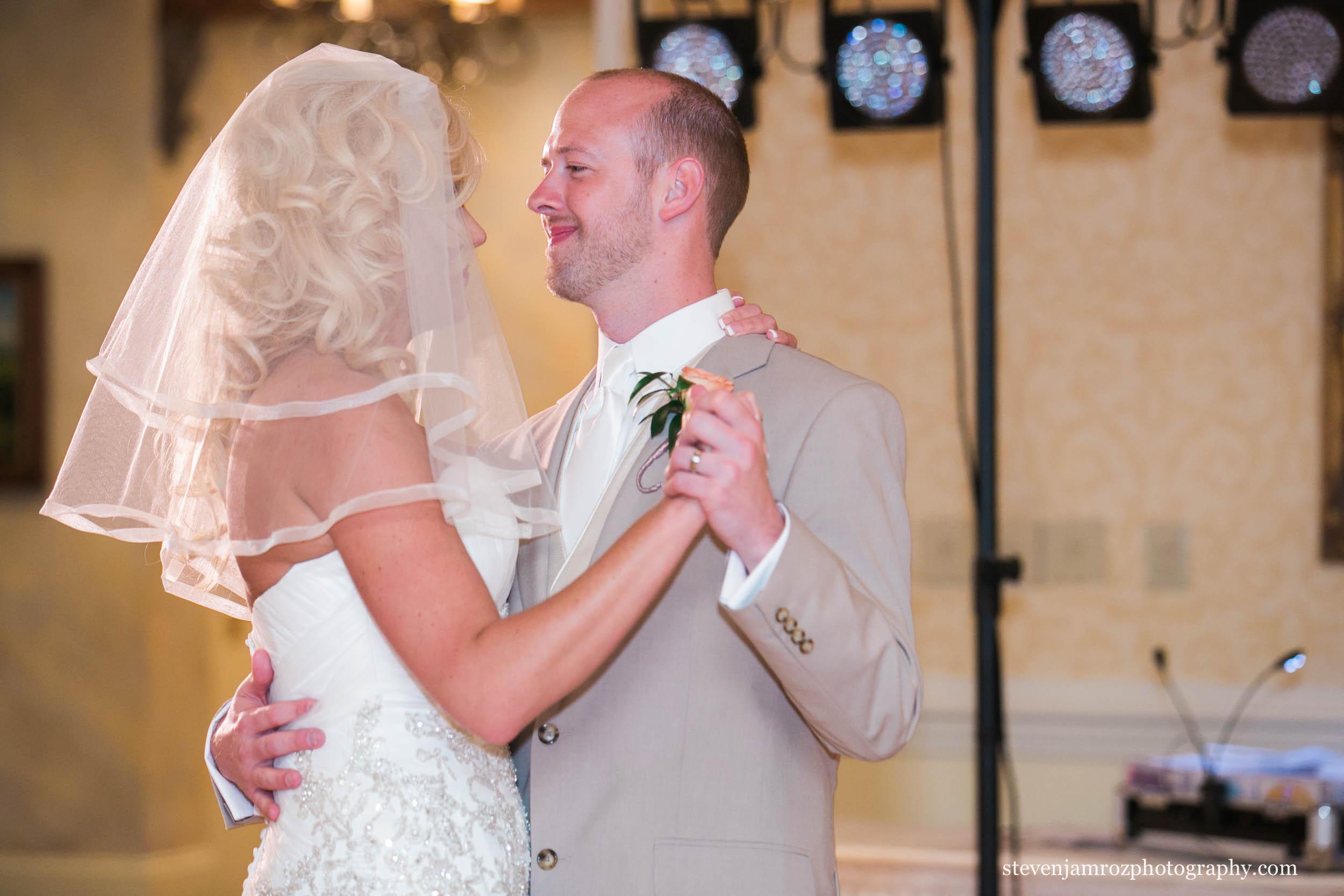 raleigh-cc-wedding-receptions-first-dance-photographer-0785.jpg