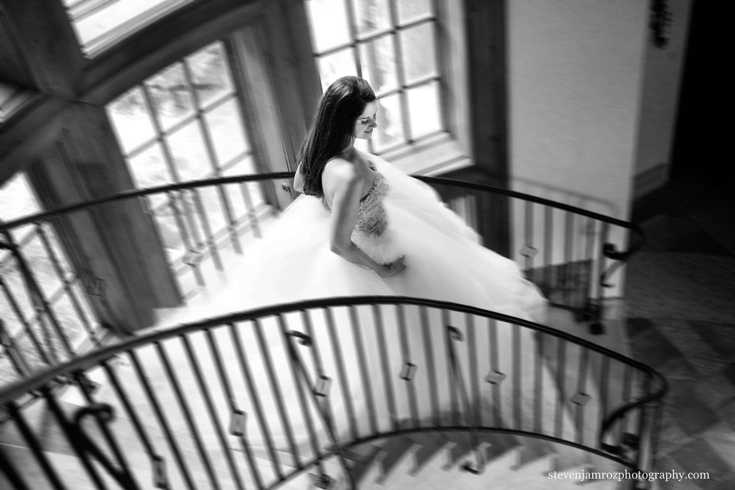 staircase-wedding-raleigh-steven-jamroz-photography-0246.jpg