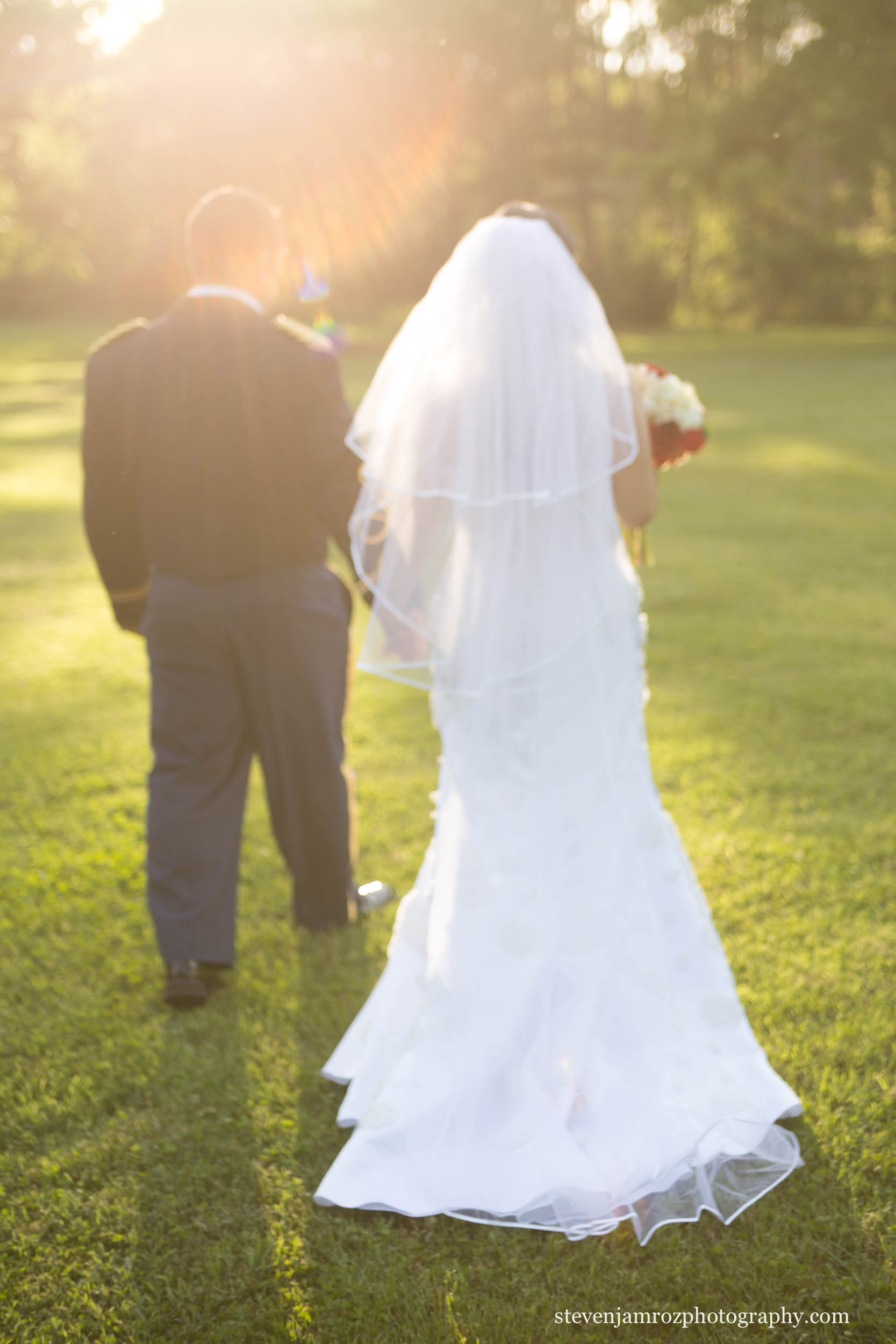 sunset-walking-bride-groom-raleigh-wedding-steven-jamroz-0743.jpg