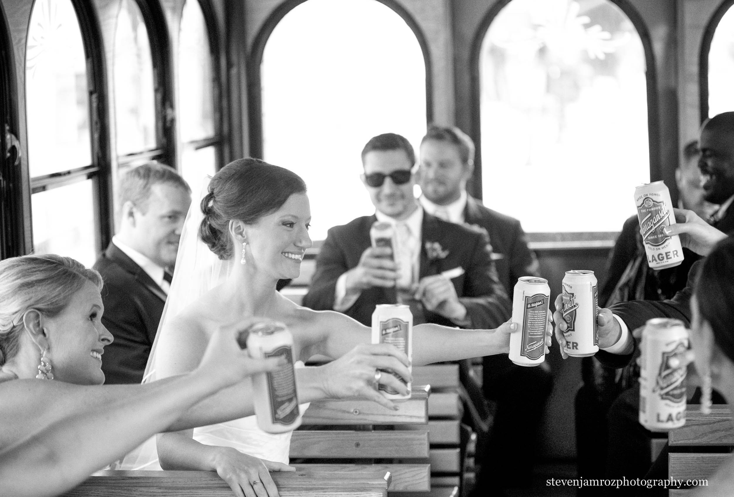 trolley-wedding-raleigh-steven-jamroz-photography-0335.jpg