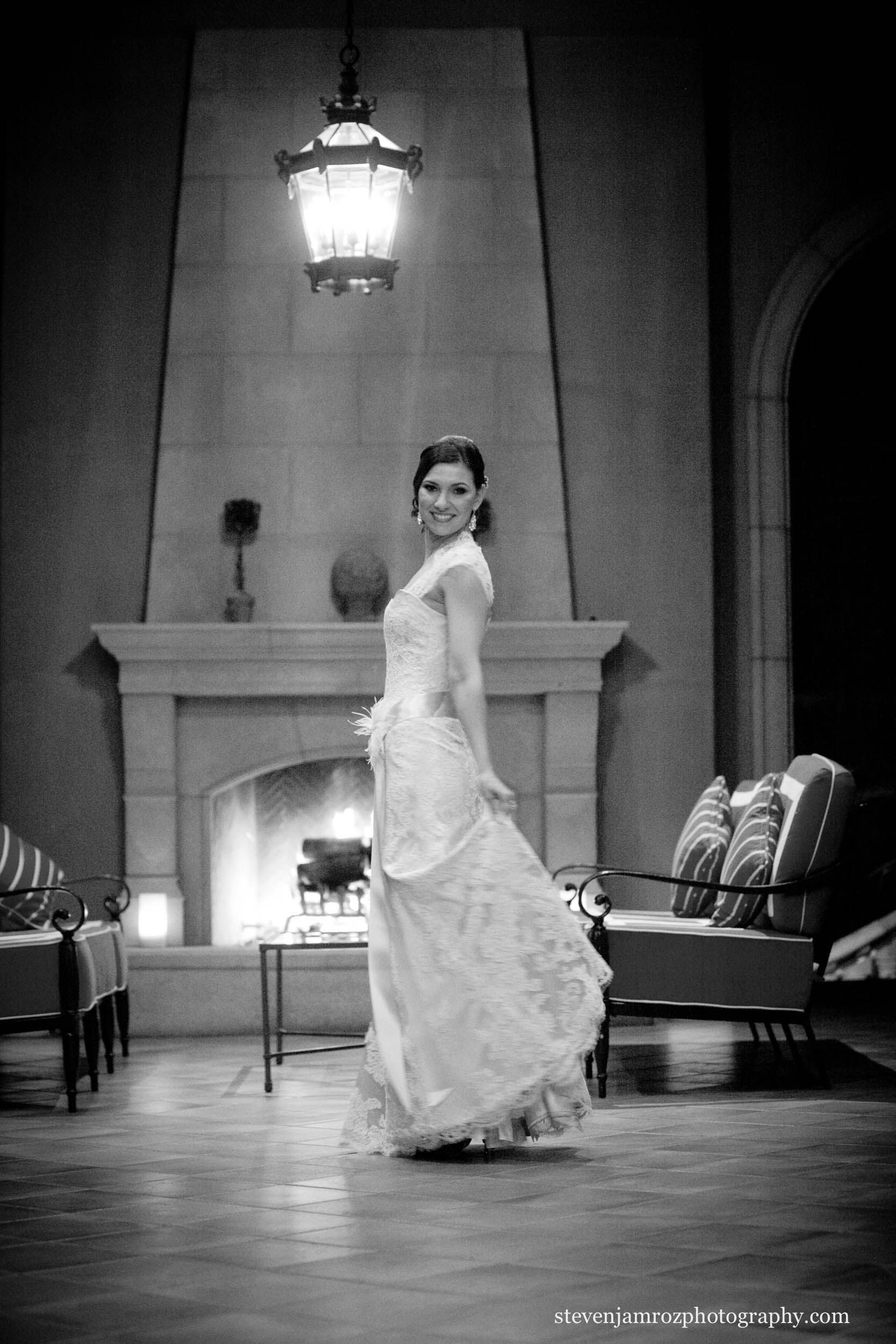 twirl-wedding-dress-raleigh-photographers-steven-jamroz-photography-0283.jpg