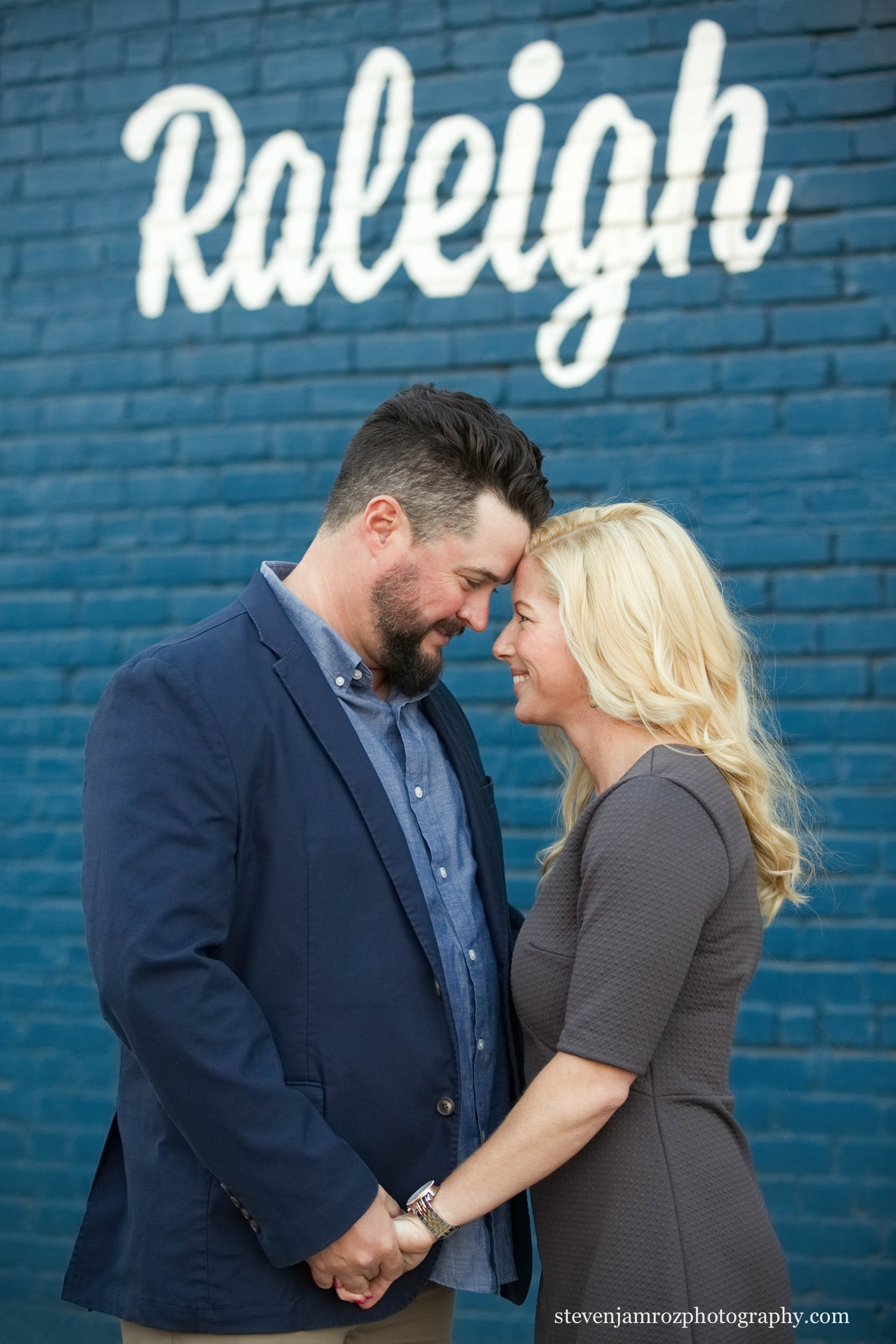 downtown-raleigh-engagement-photo-session-steven-jamroz.jpg