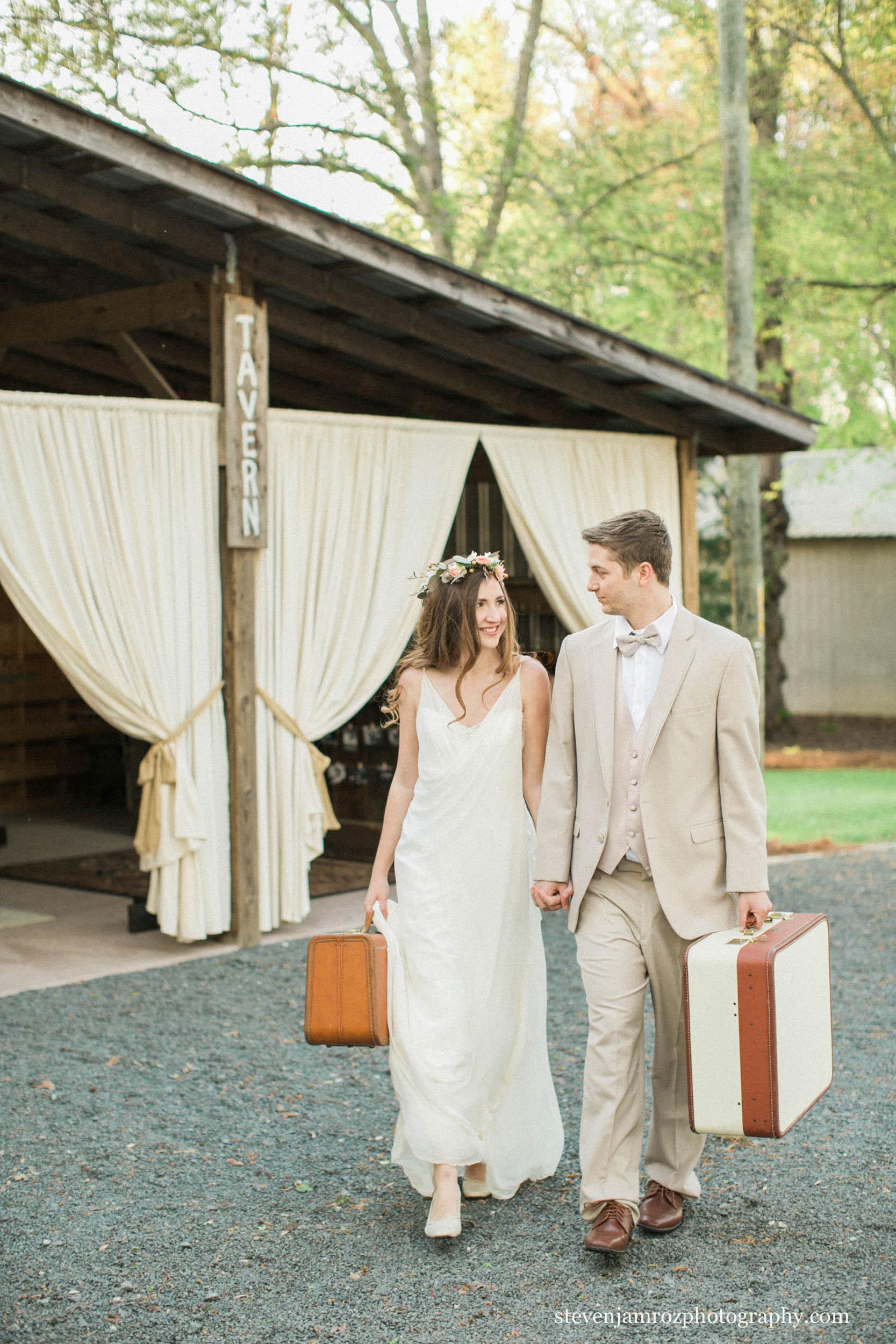 rustic-outdoor-barn-wedding-reception-creedmoor-raleigh-nc.jpg
