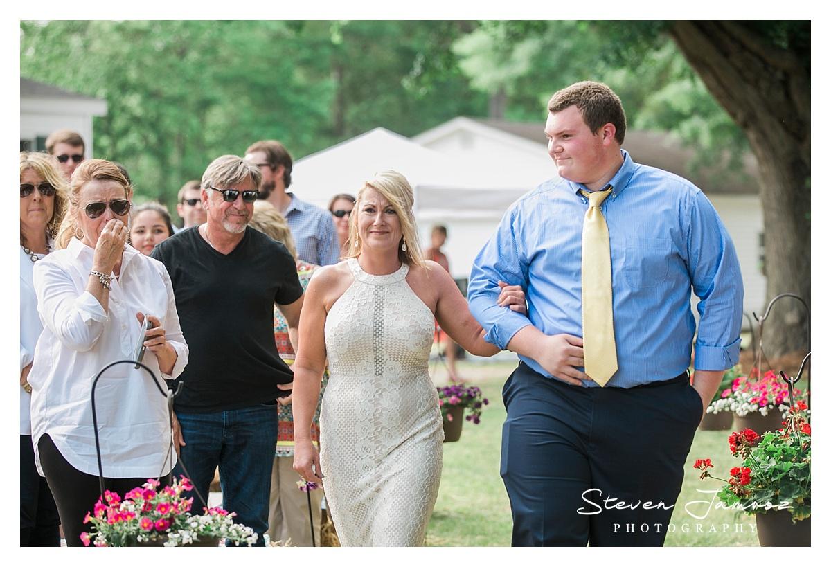 mount-olive-wedding-rustic-outdoor-steven-jamroz-photography-0973.jpg
