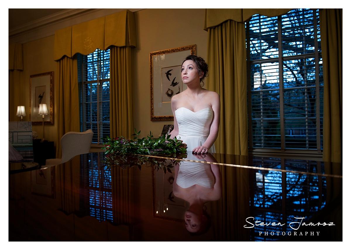 piano-carolina-inn-lobby-bridal-portrait.jpg