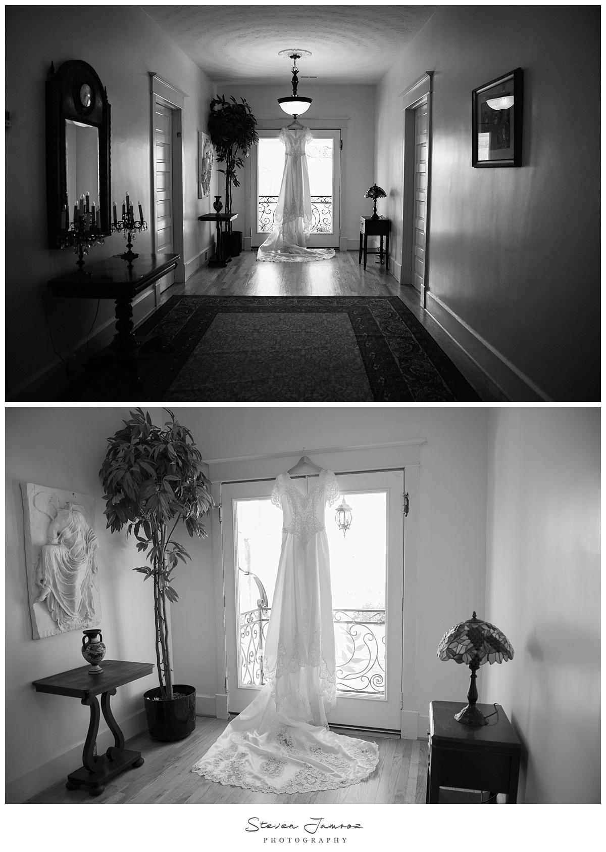 hudson-manor-estate-wedding-girls-getting-ready.jpg