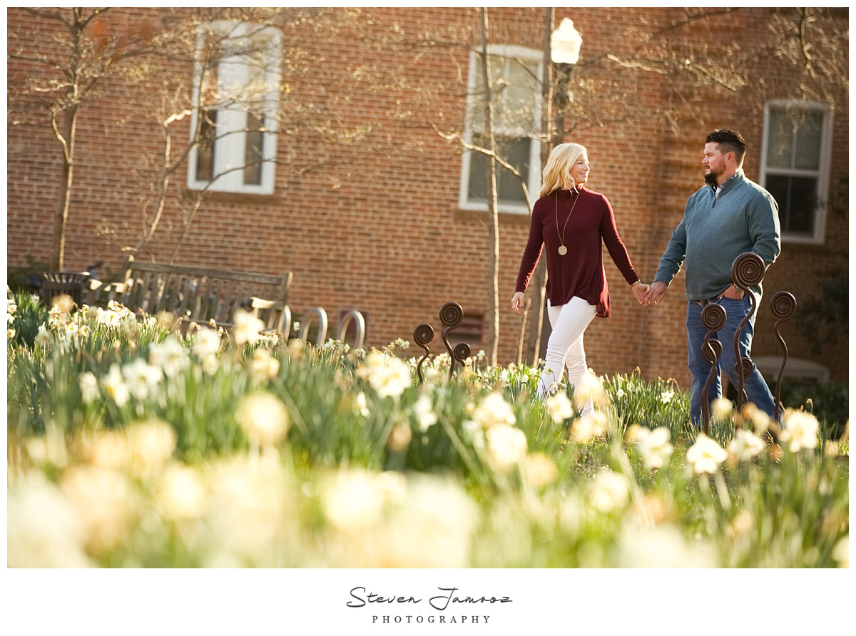spring-flowers-nc-state-raleigh-engagement-photos-steven-jamroz-0019.jpg