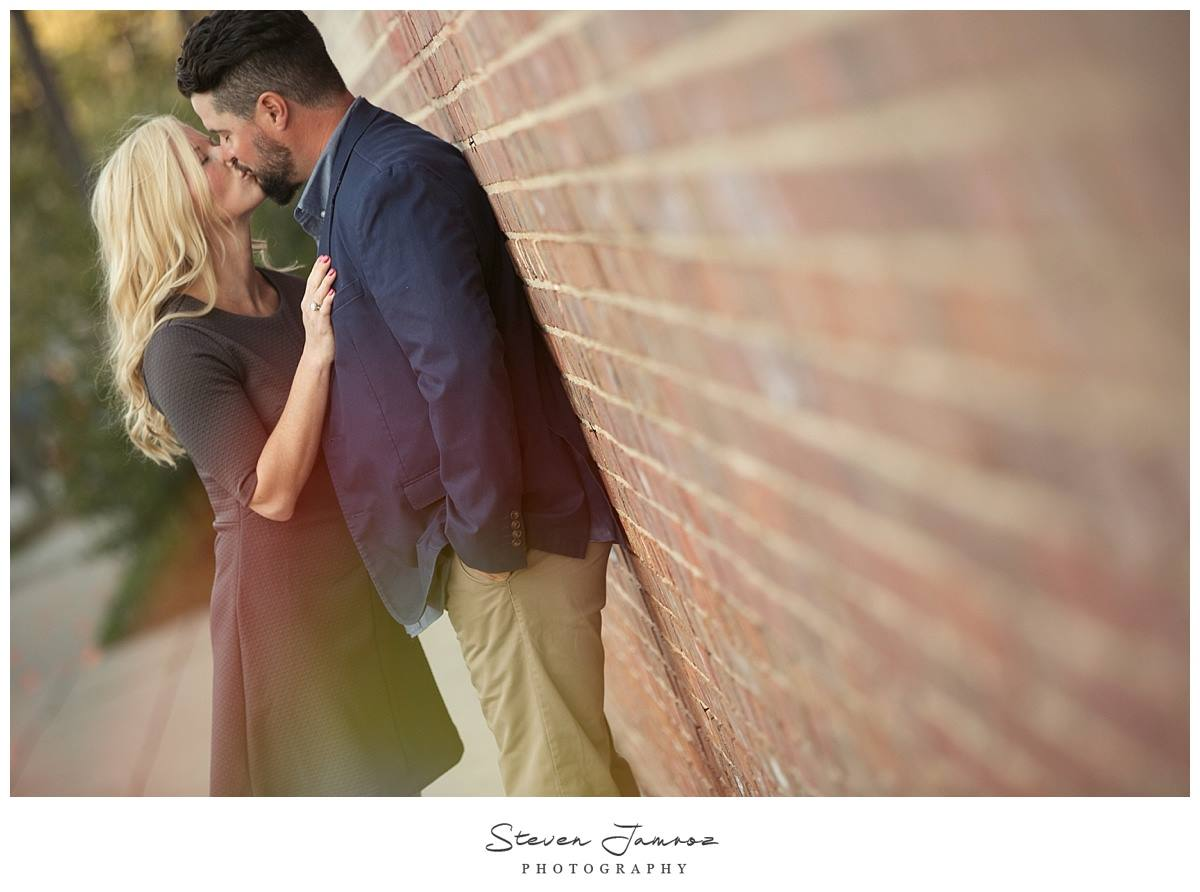 warehouse-downtown-raleigh-engagement-photos-steven-jamroz-0031.jpg