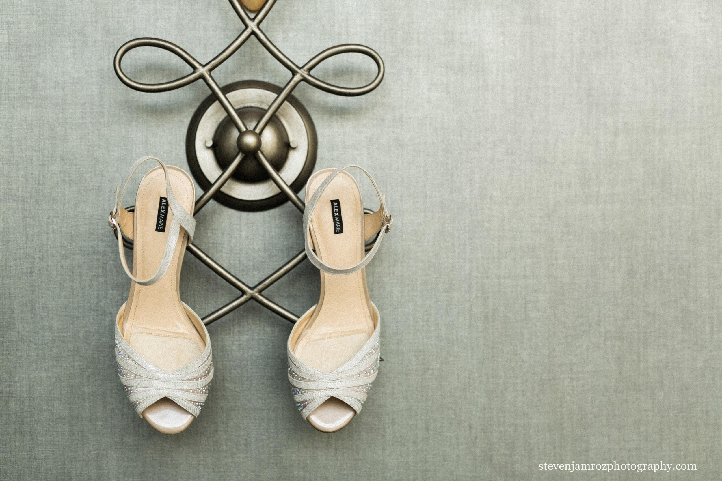 wedding-shoes-for-pretty-bride-north-carolina.jpg