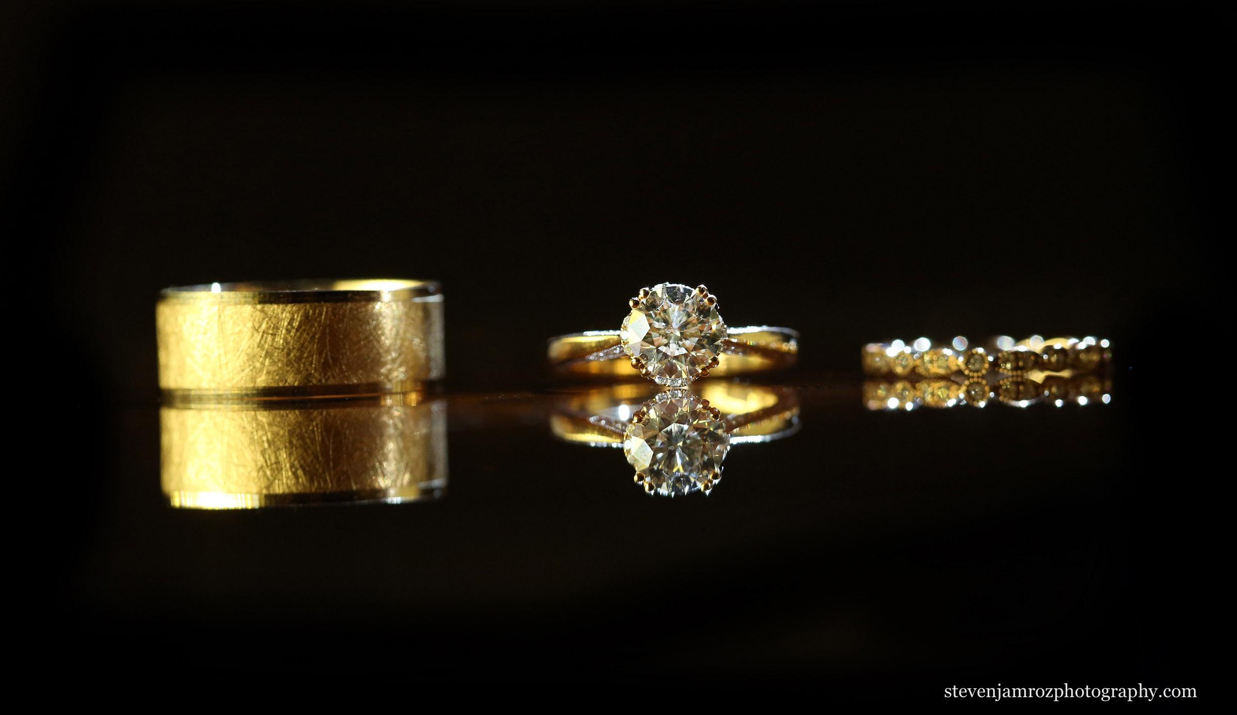 wedding-rings-raleigh-wedding-photographer.jpg